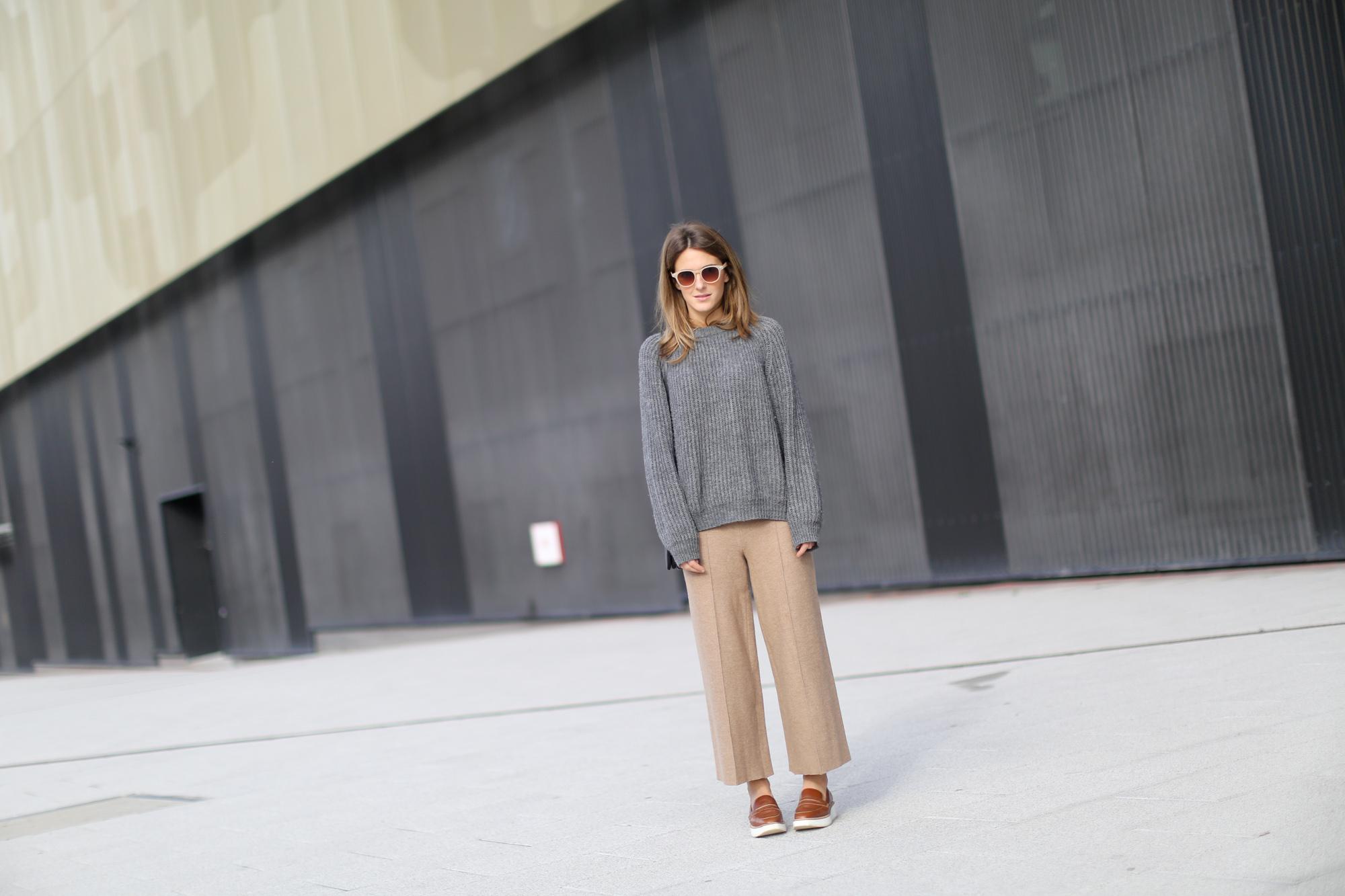 Clochet-streetstyle-zara-beige-wool-culottes-grey-chunky-knit