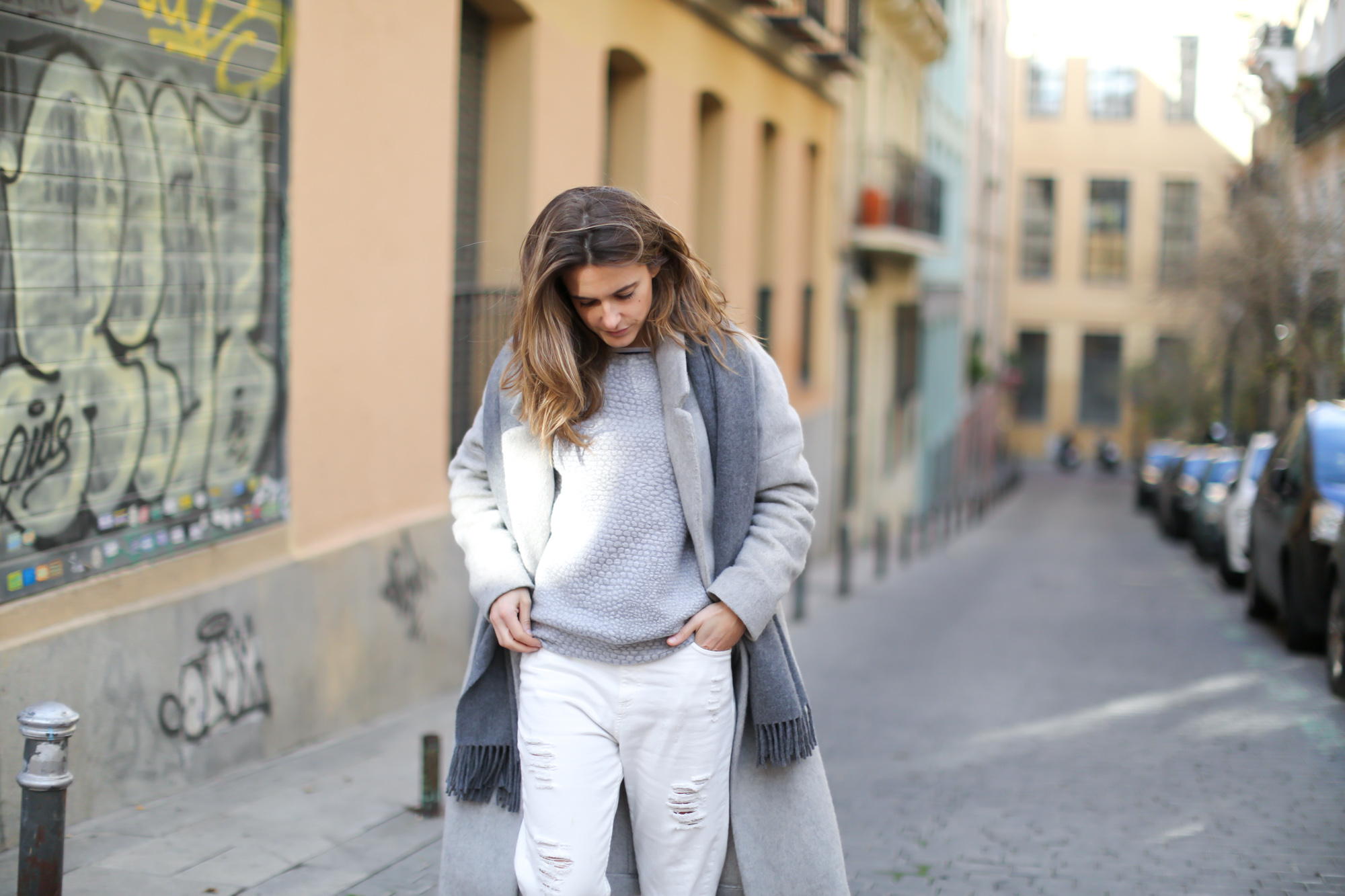 Clochet-streetstyle-mango-grey-wool-coat-adidas-stan-smith-7