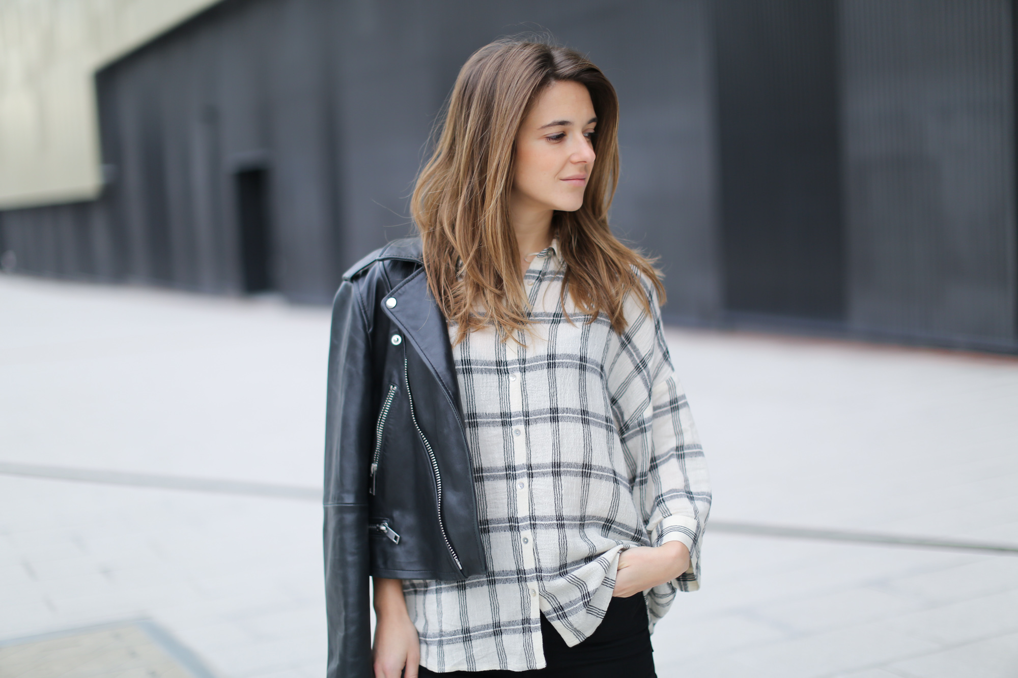 Clochet-streetstyle-mango-leather-biker-jacket-pointy-flats-2