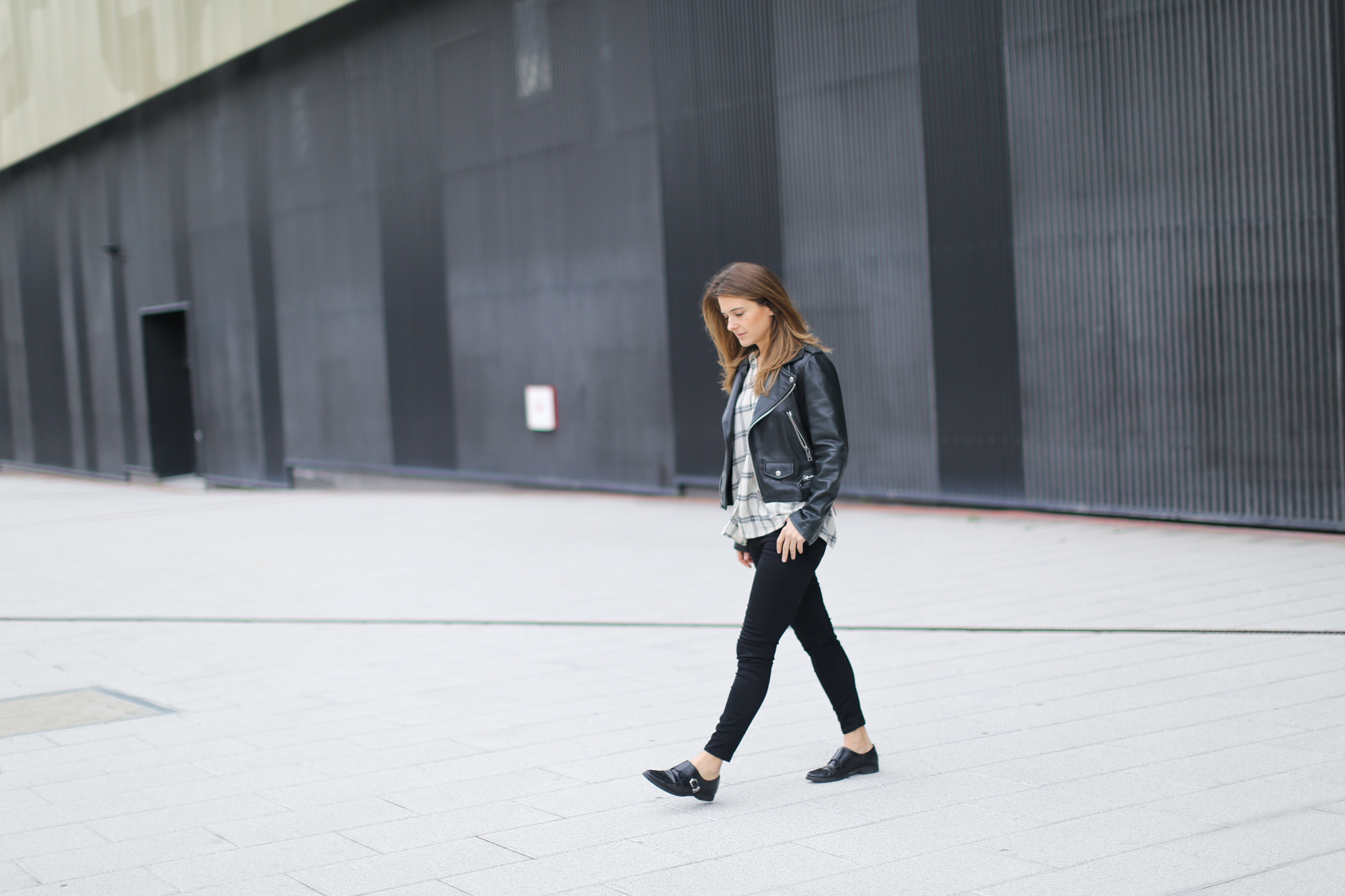 Clochet-streetstyle-mango-leather-biker-jacket-pointy-flats-3