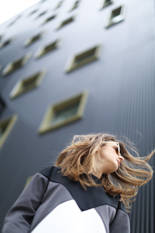 Clochet-streetstyle-suiteblanco-neoprene-sweatshirt-lykke-li-loafers-11
