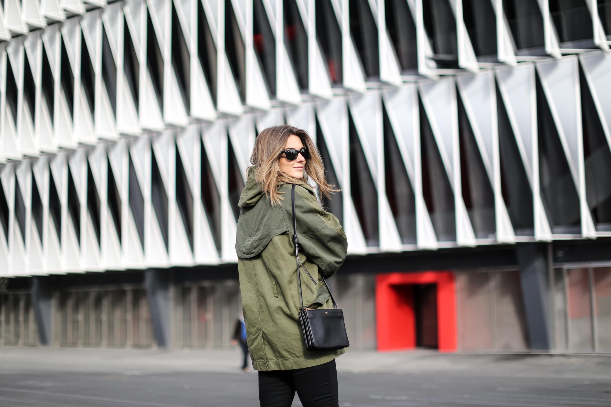 Clochet-streetstyle-isabel-marant-etoile-parka-highwaisted-jeans-kitten-heels-3