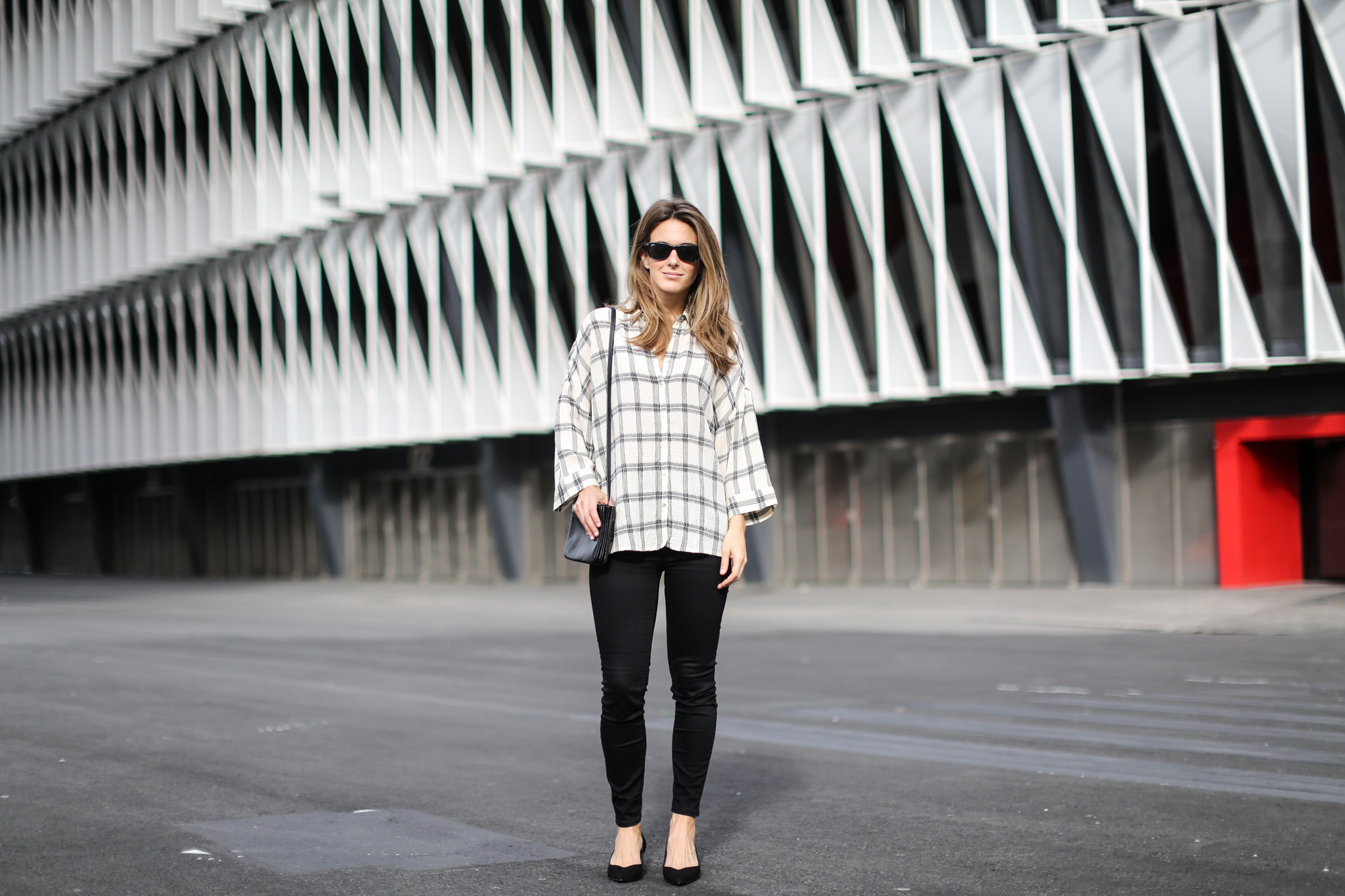 Clochet-streetstyle-isabel-marant-etoile-parka-highwaisted-jeans-kitten-heels-6