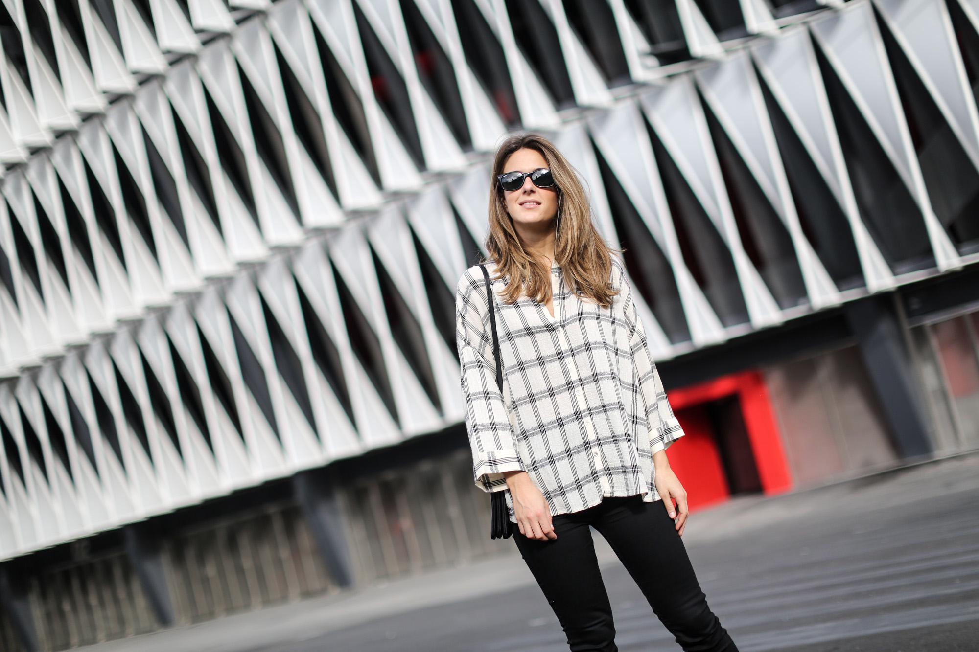 Clochet-streetstyle-isabel-marant-etoile-parka-highwaisted-jeans-kitten-heels-7