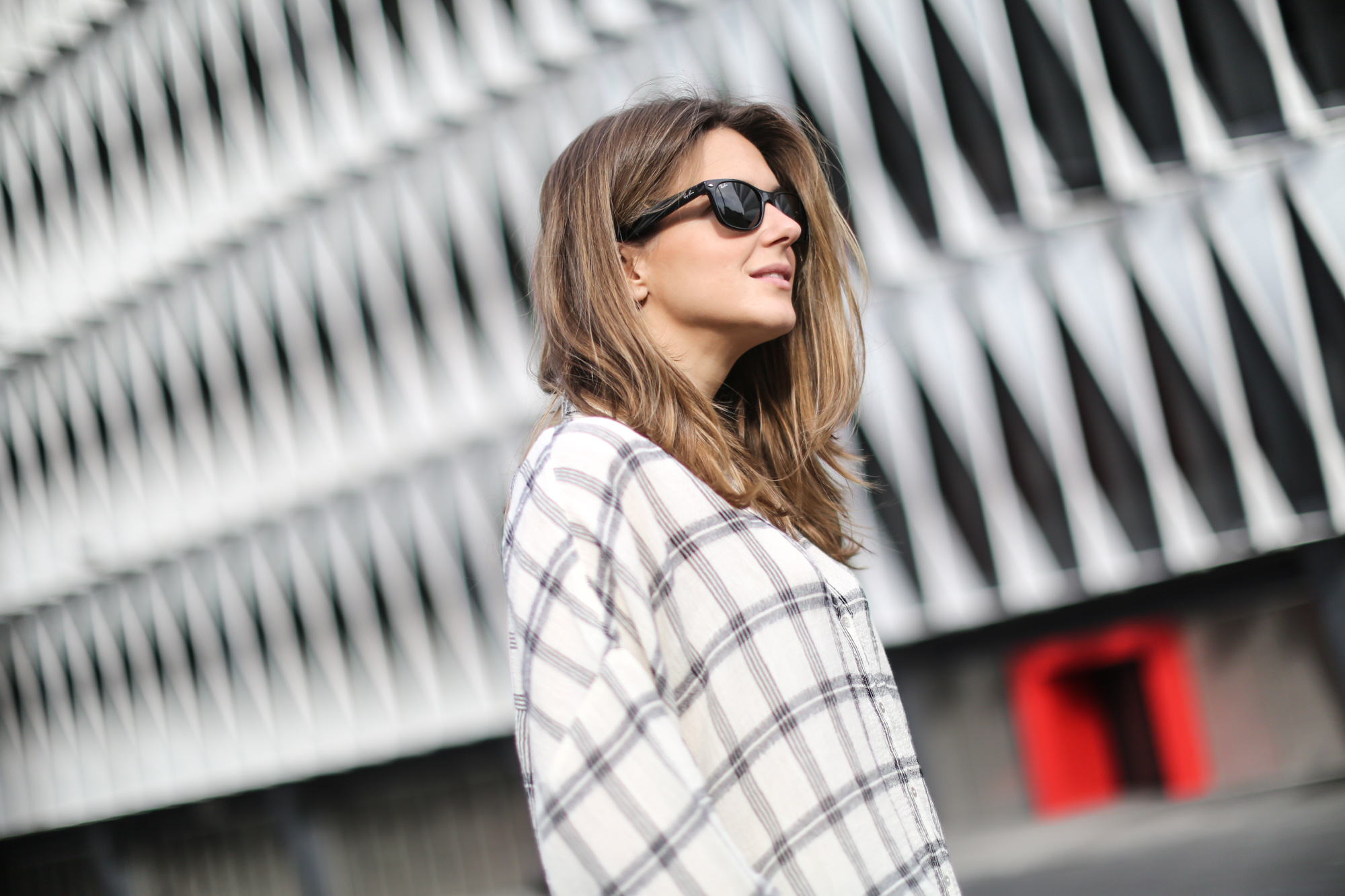 Clochet-streetstyle-isabel-marant-etoile-parka-highwaisted-jeans-kitten-heels-8