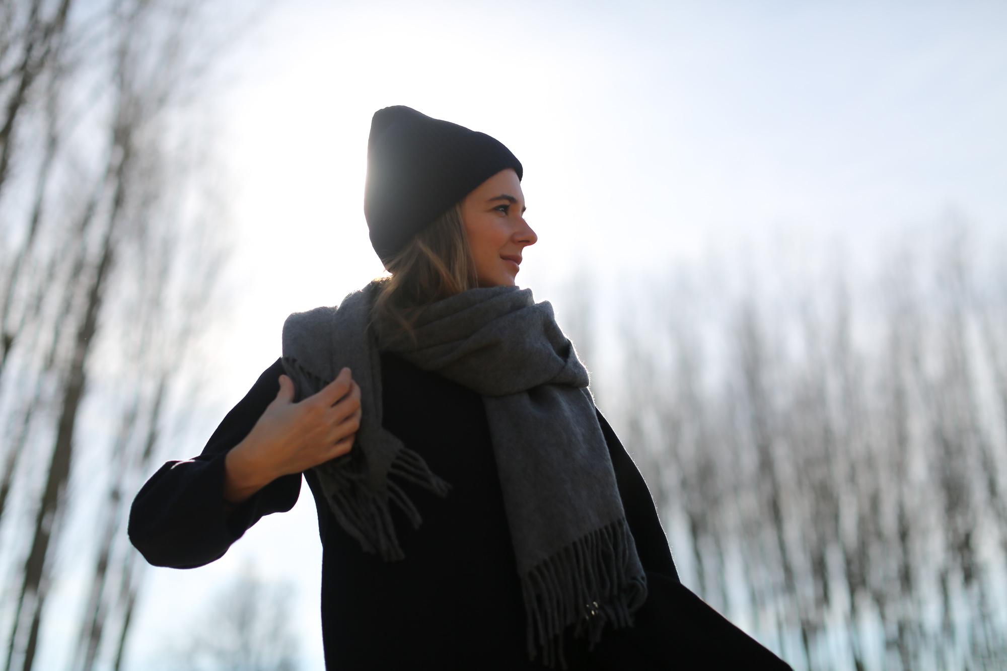 Clochet_streetstyle_maje_trousers_adidas_stan_smith_cos_coat_acne_studios_canada_scarf-1-12