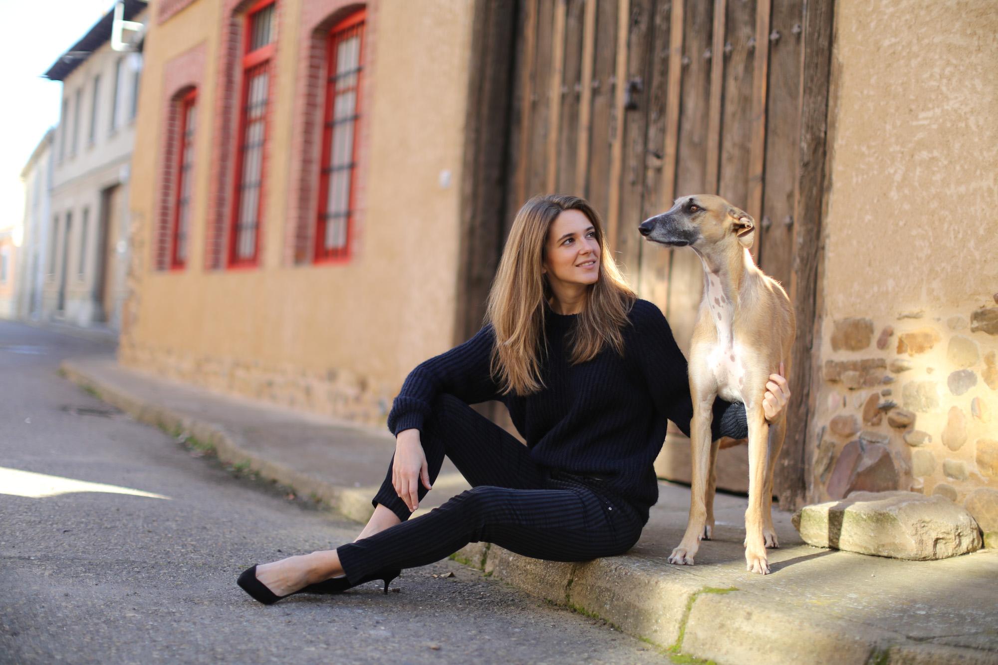 Clochet_streetstyle_zara_pantalon_velveton_kitten_heels_mango_coat-1-7