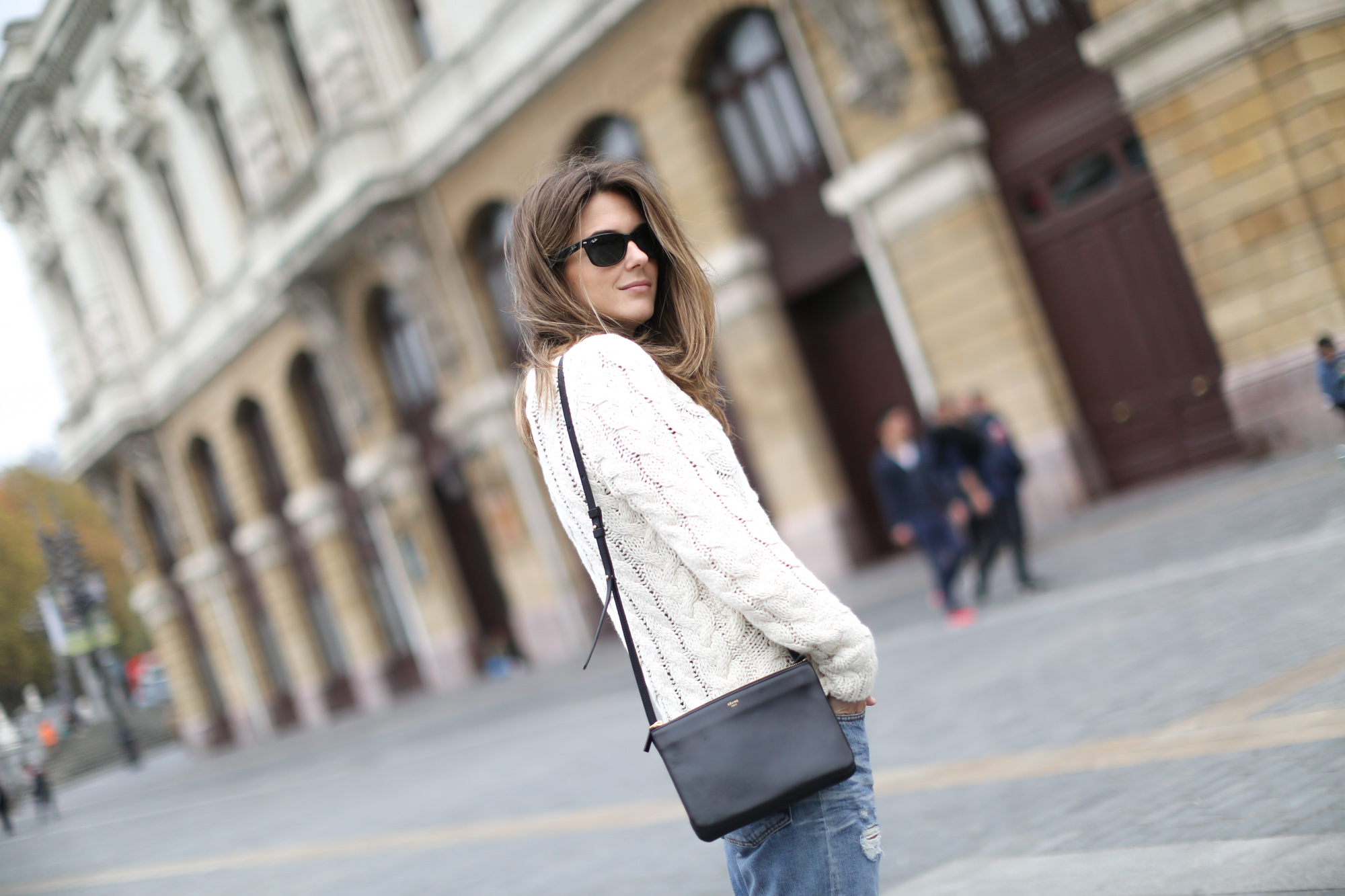 Clochet-streetstyle-isabel-marant-etoile-ellison-parka-acne-studios-jeans-adidas-stan-smith-10