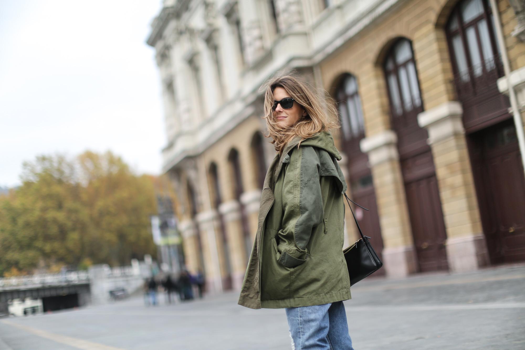 Clochet-streetstyle-isabel-marant-etoile-ellison-parka-acne-studios-jeans-adidas-stan-smith-2