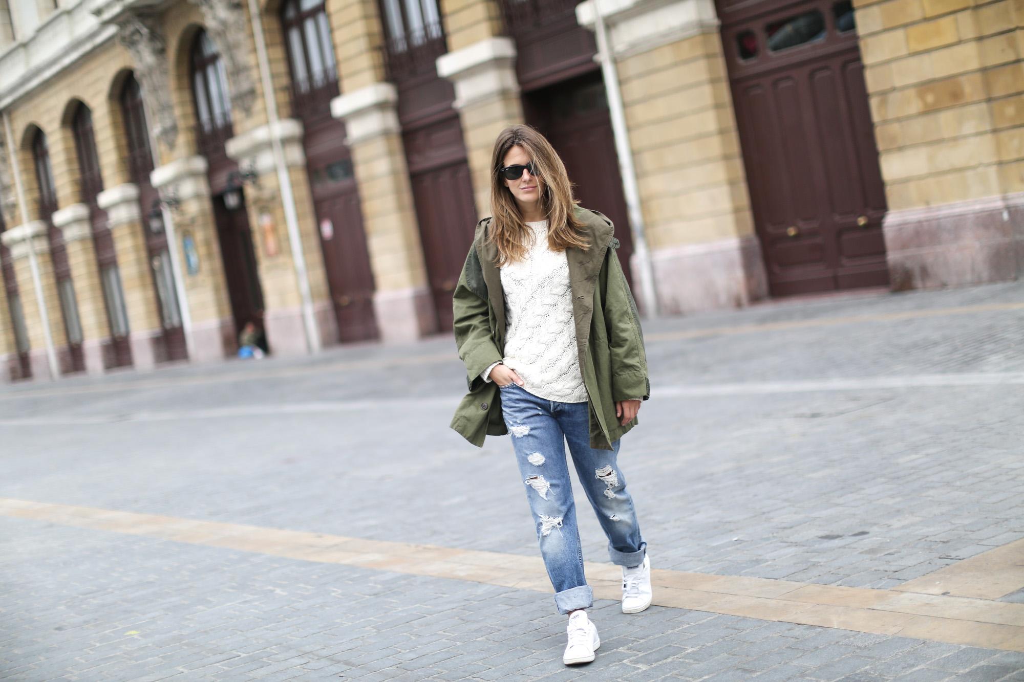 Clochet-streetstyle-isabel-marant-etoile-ellison-parka-acne-studios-jeans-adidas-stan-smith-5
