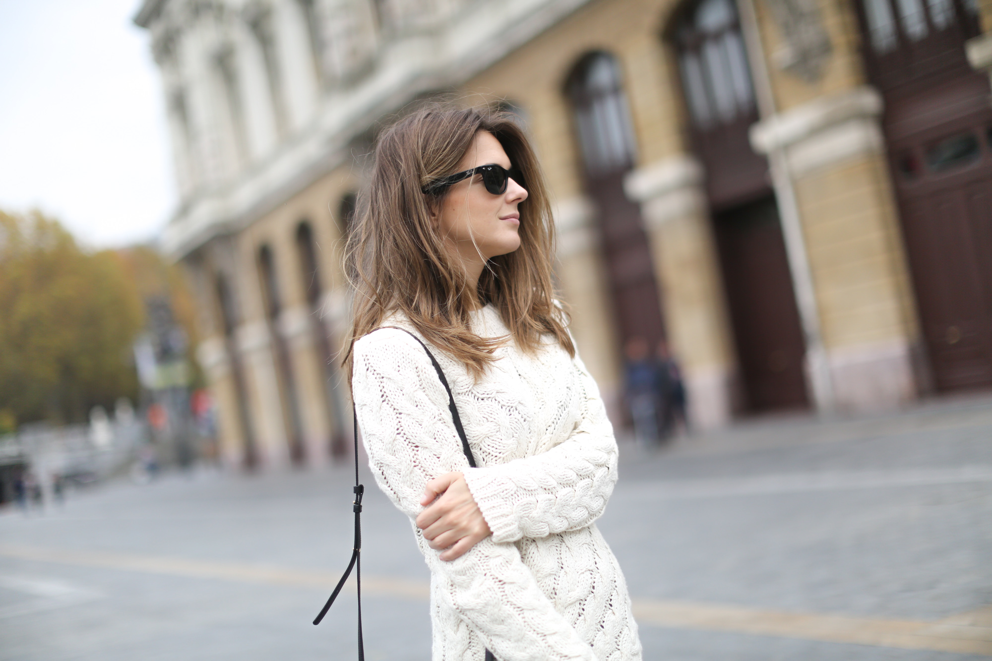 Clochet-streetstyle-isabel-marant-etoile-ellison-parka-acne-studios-jeans-adidas-stan-smith-9