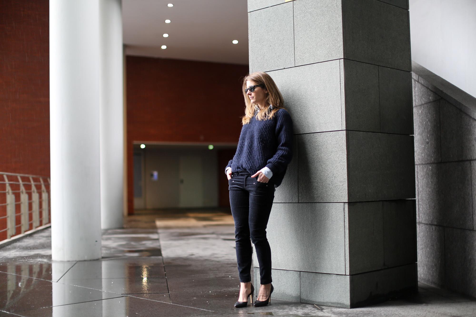 Clochet-streetstyle-navy-chunky-knit-zara-velvet-trousers-10