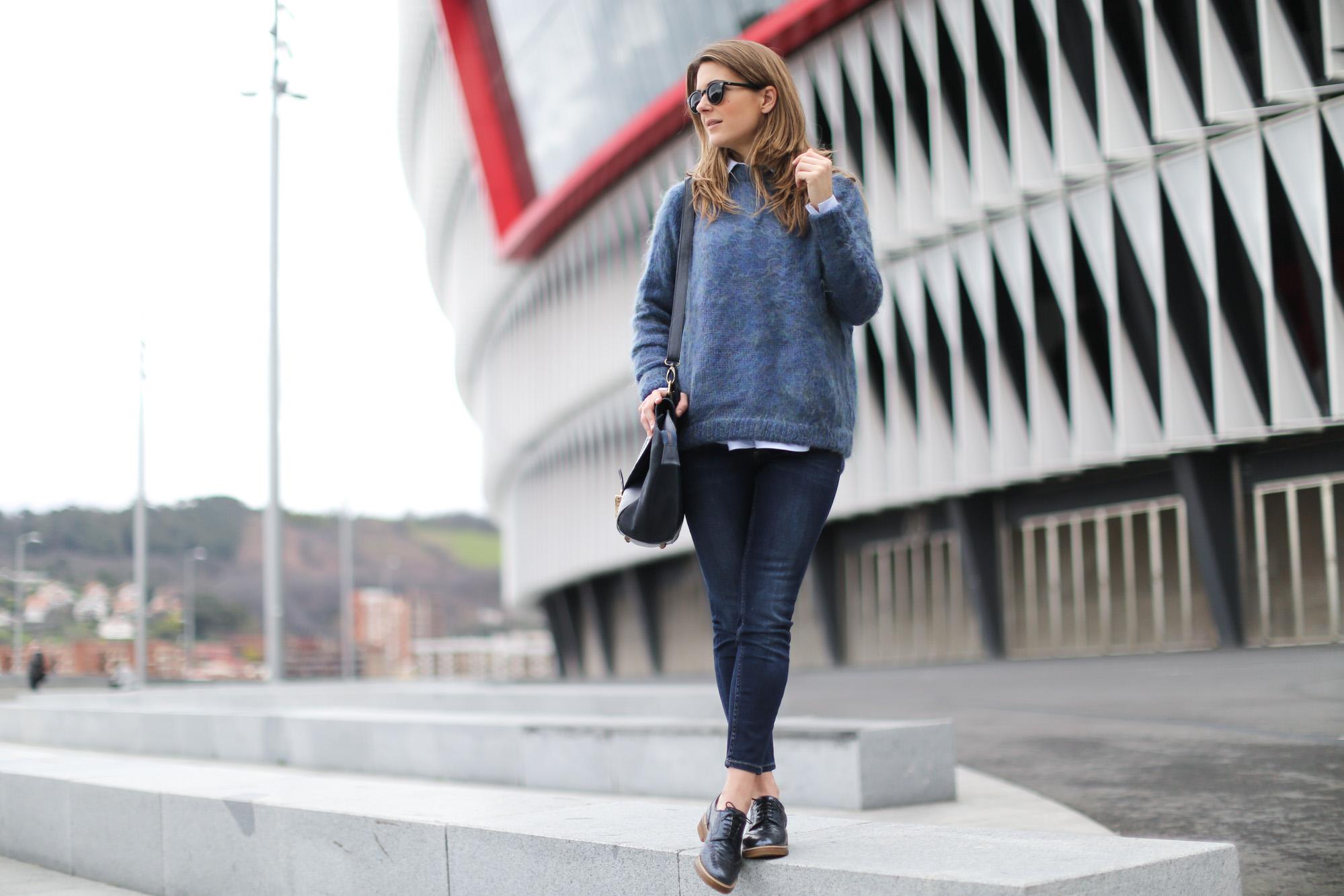 Clochet-streetstyle-bimbaylola-blue-knit-topshop-baxter-jeans-sushibag-6