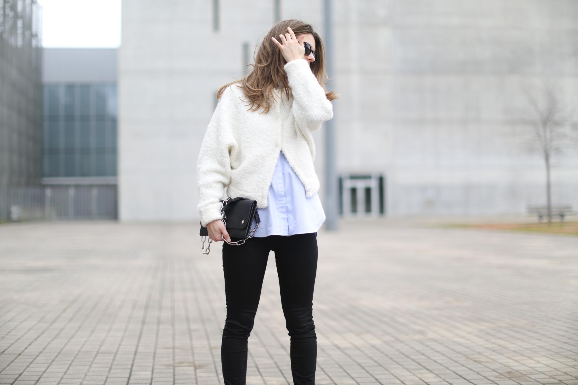 Clochet-streetstyle-h&m-trend-alpaca-wool-white-bomber-11