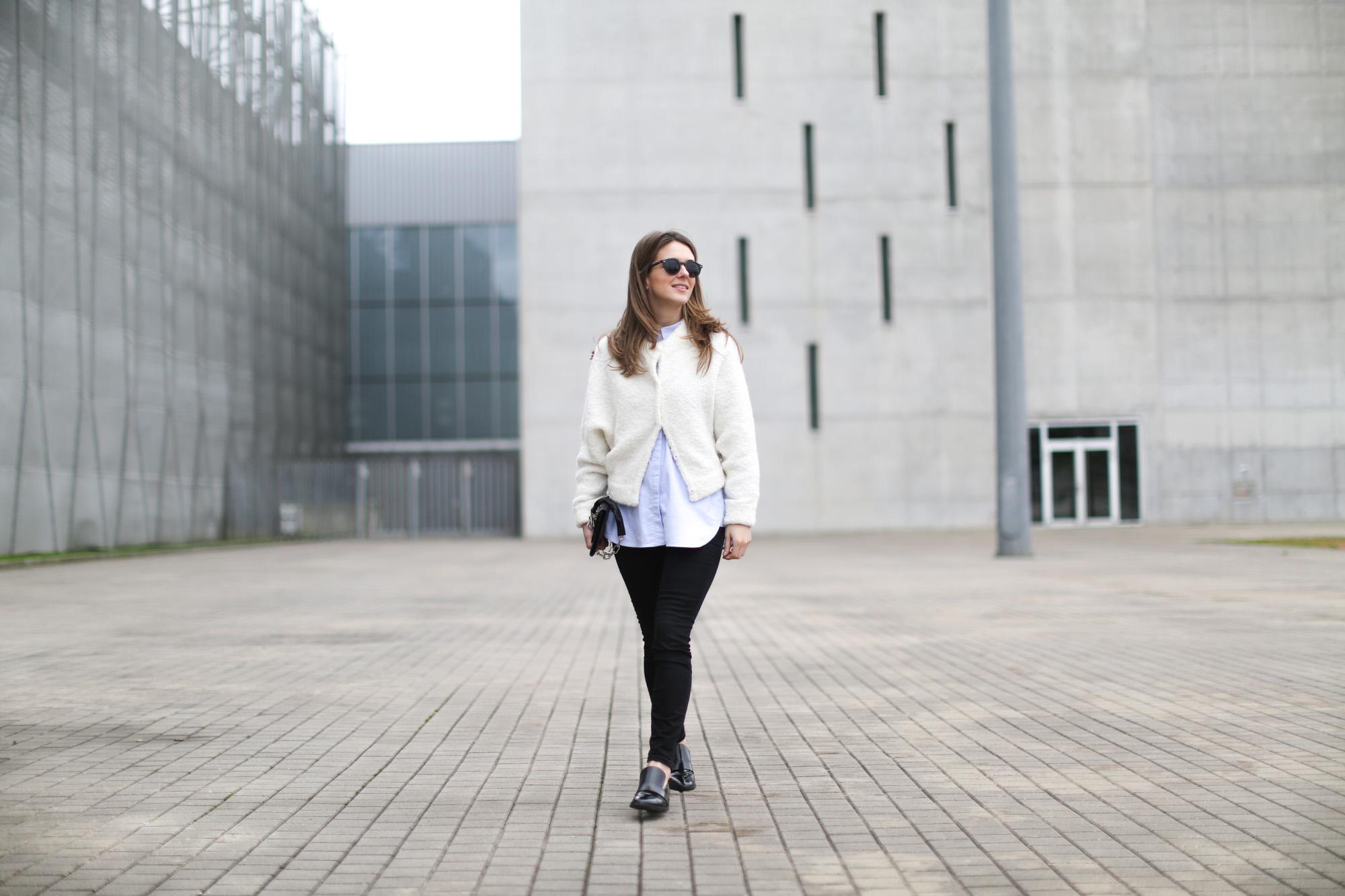 Clochet-streetstyle-h&m-trend-alpaca-wool-white-bomber-13