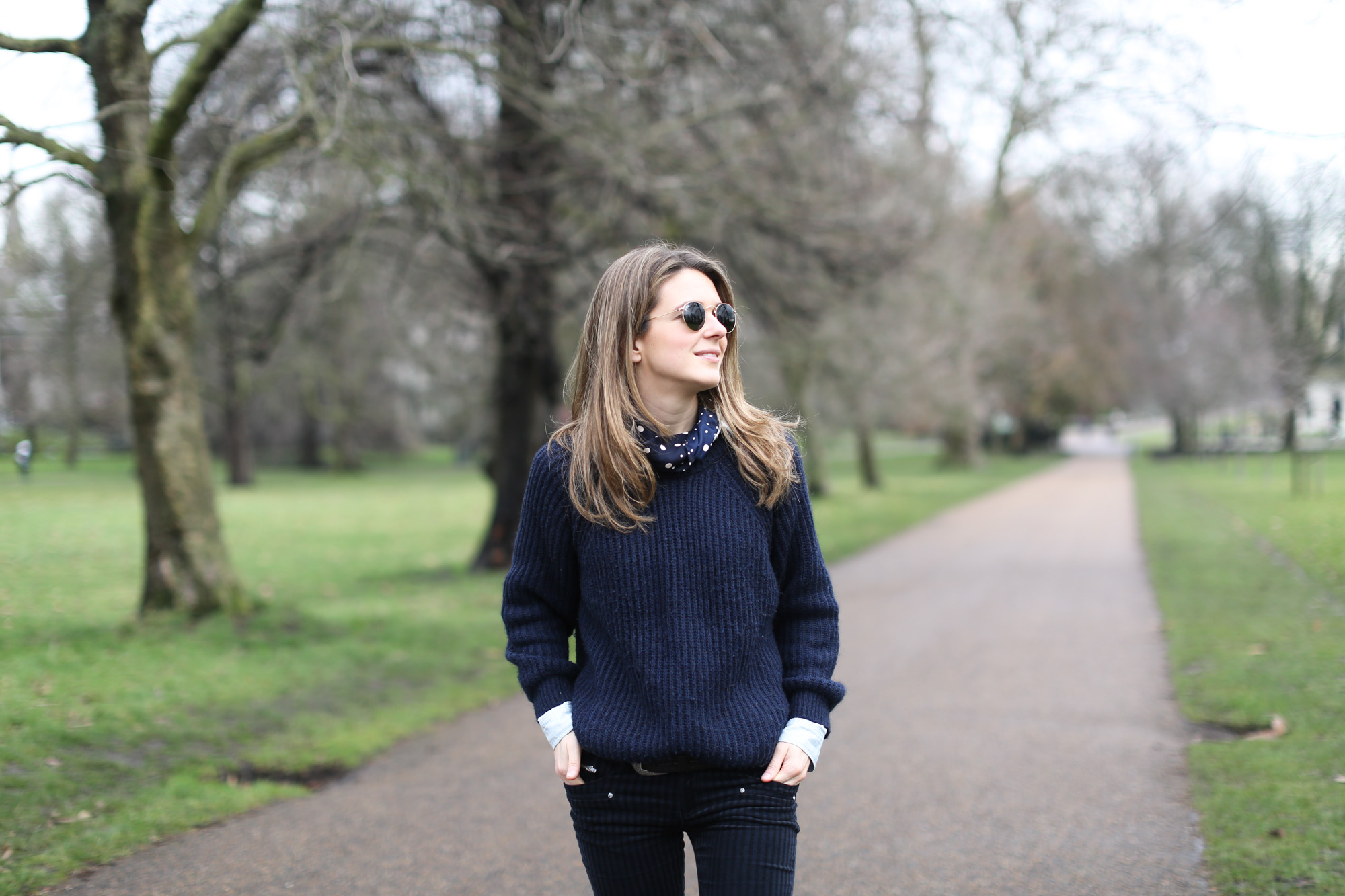 Clochet-streetstyle-london-hyde-park-cos-coat-navy-chunky-knit-10
