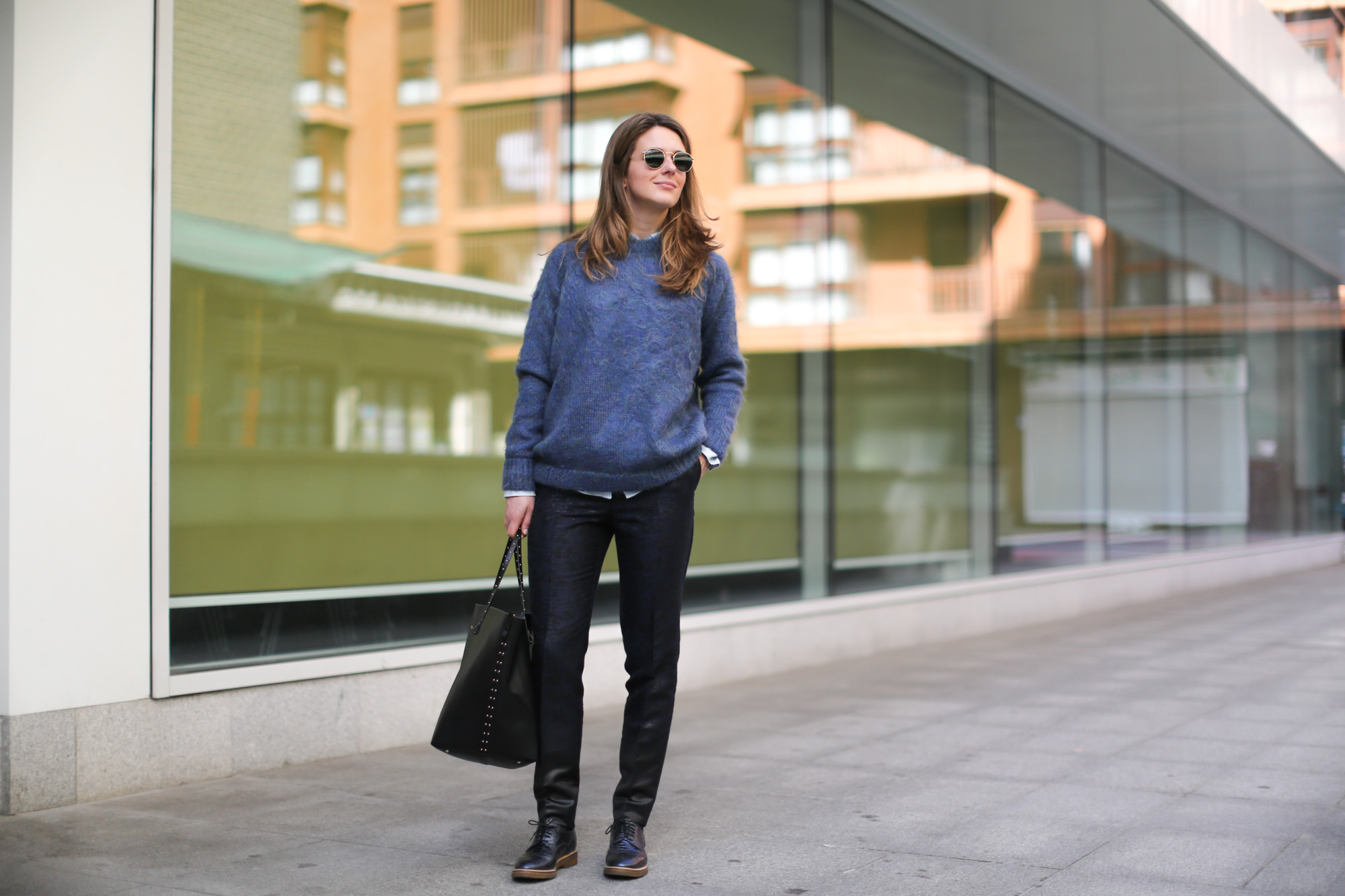 Clochet-streetstyle-topshop-jacket-purificacion-garcia-bag-rayban-round-sunnies-7