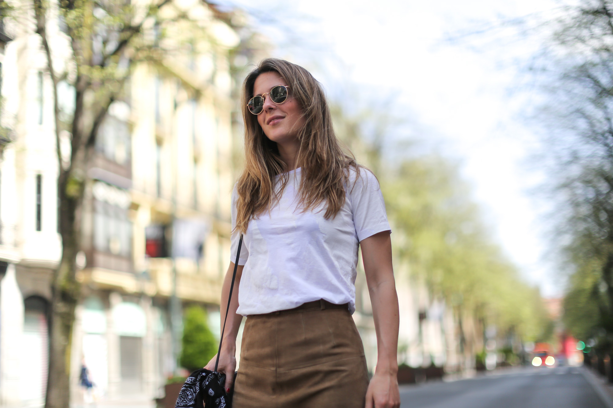 Clochet-streetstyle-vintage-suede-A-line-skirt-4