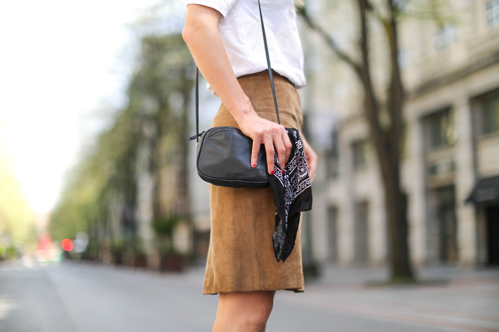 Clochet-streetstyle-vintage-suede-A-line-skirt-7