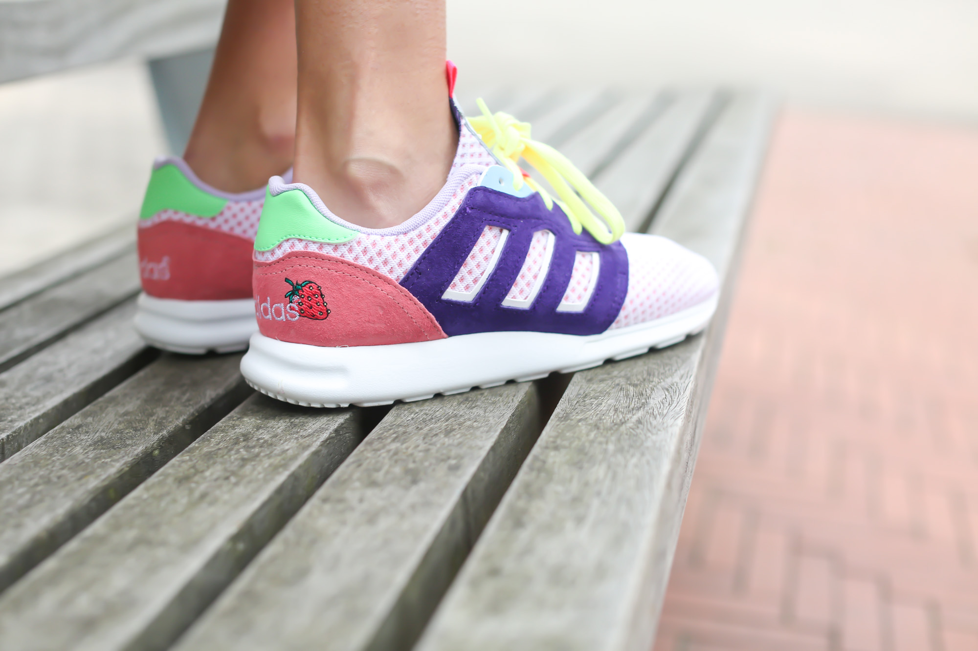 Clochet-streetstyle-strawberry-daiquiri-adidas-ZX-500-2.0-W-Cocktail-Sneaker-Boutique-Pack-leztin-street-3