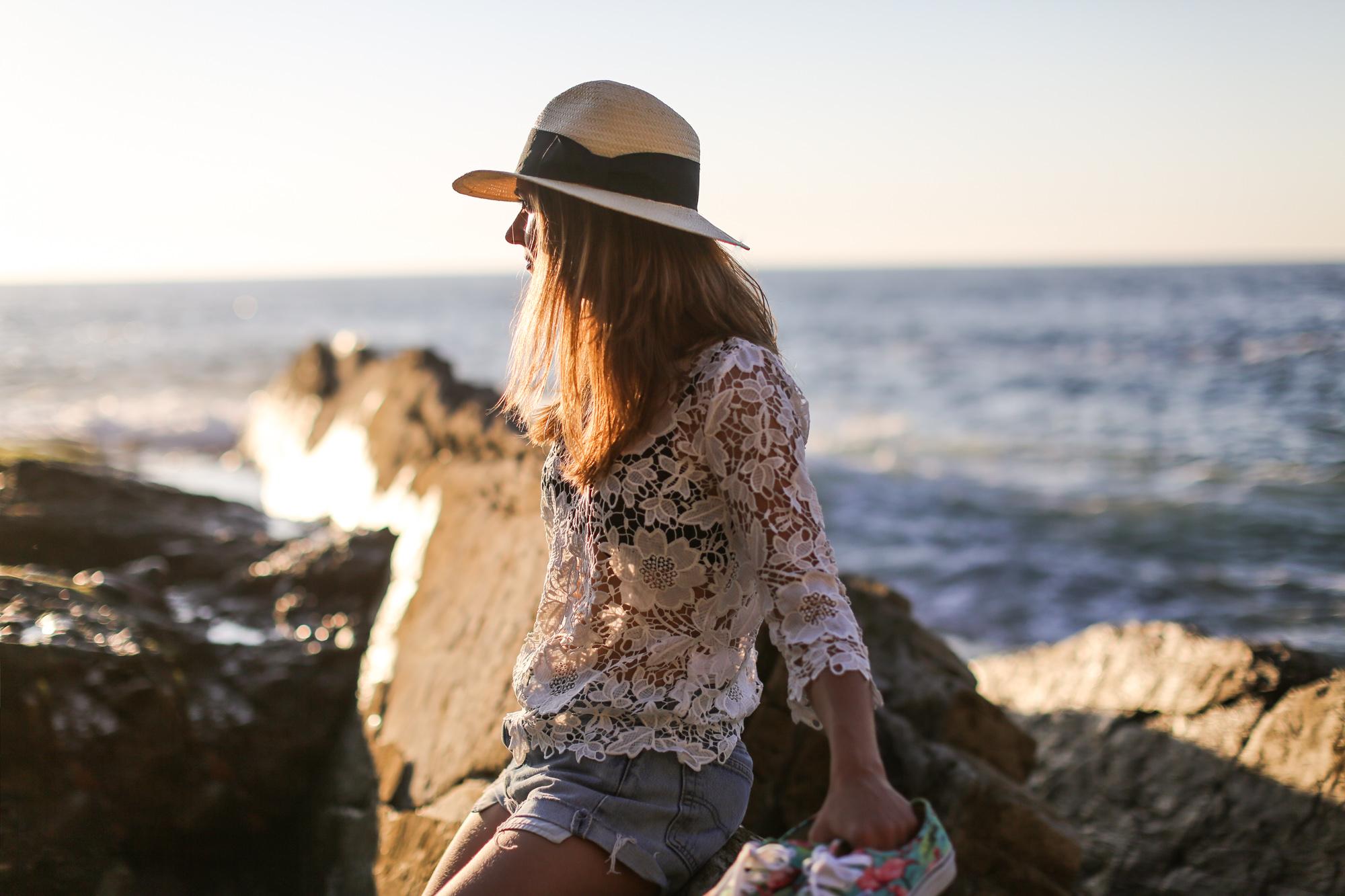 Clochet-streetstyle-vintage-levis501-crochet-top-fedora-straw-hat-4