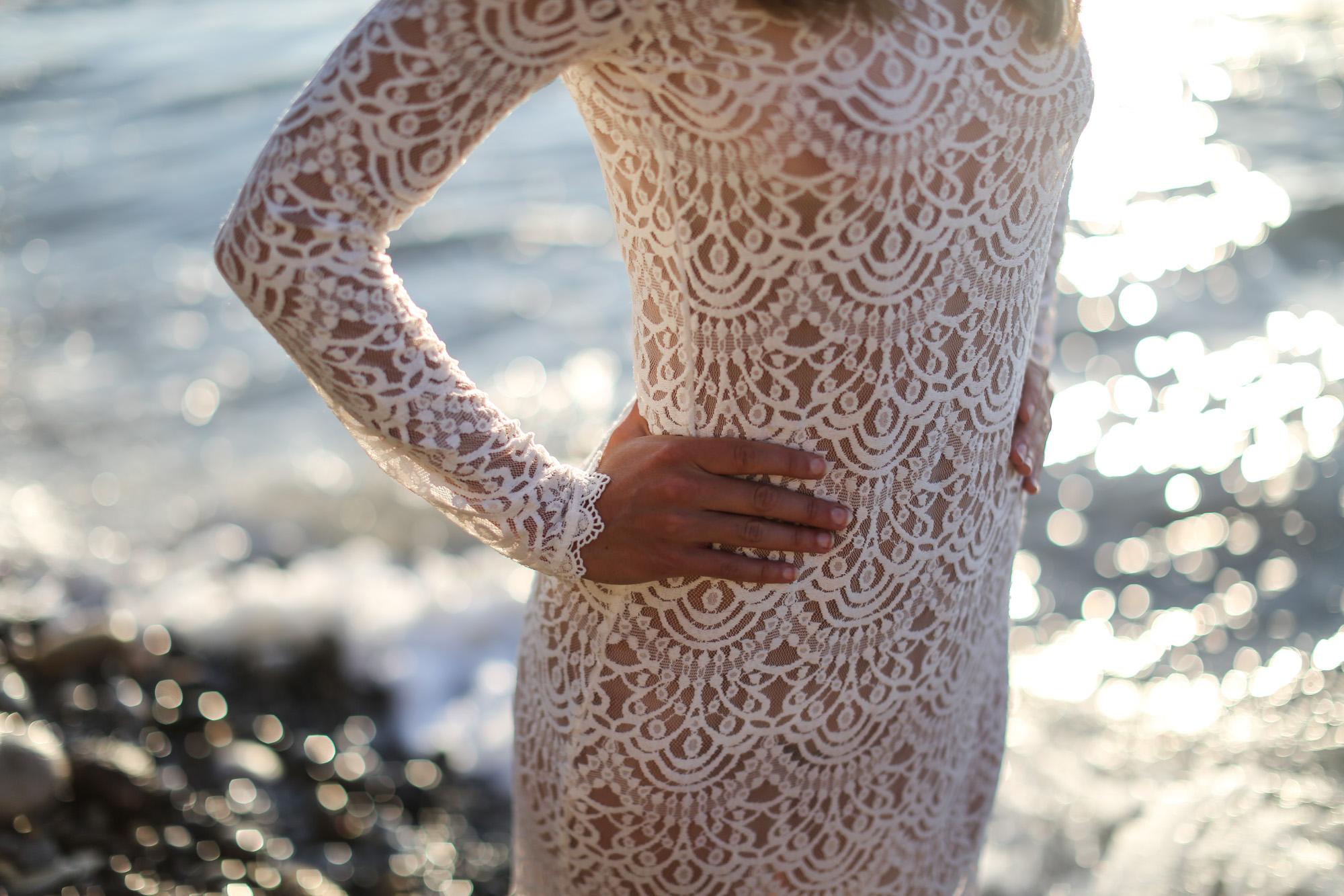 Clochet_streetstyle_long_white_lace_dress-13