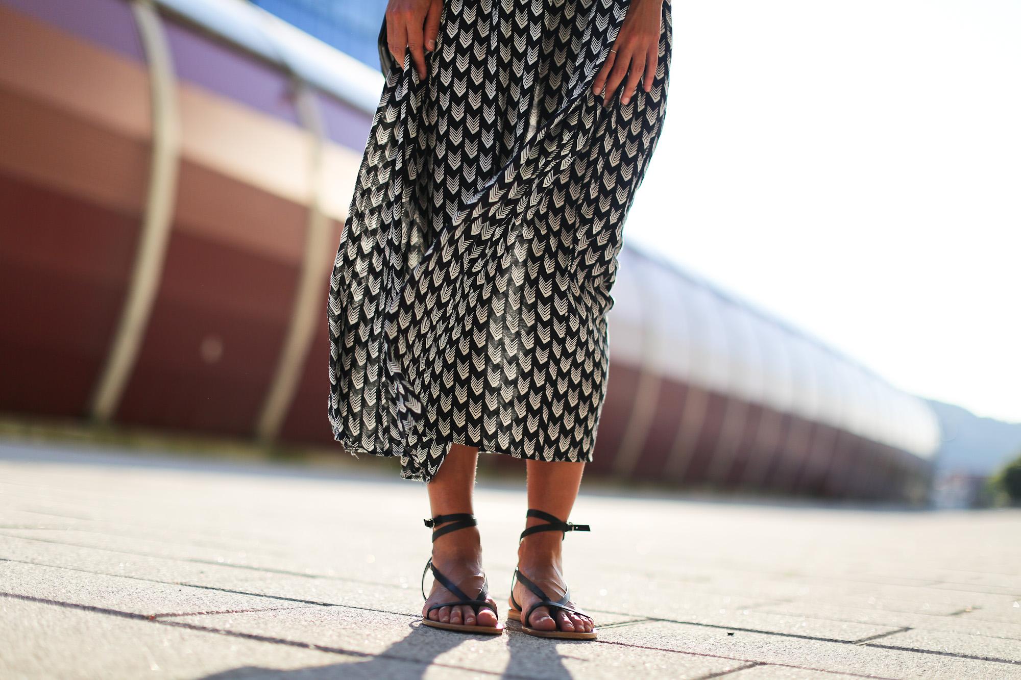 Clochet_streetstyle_chicwish_midi_printed_summer_dress-16