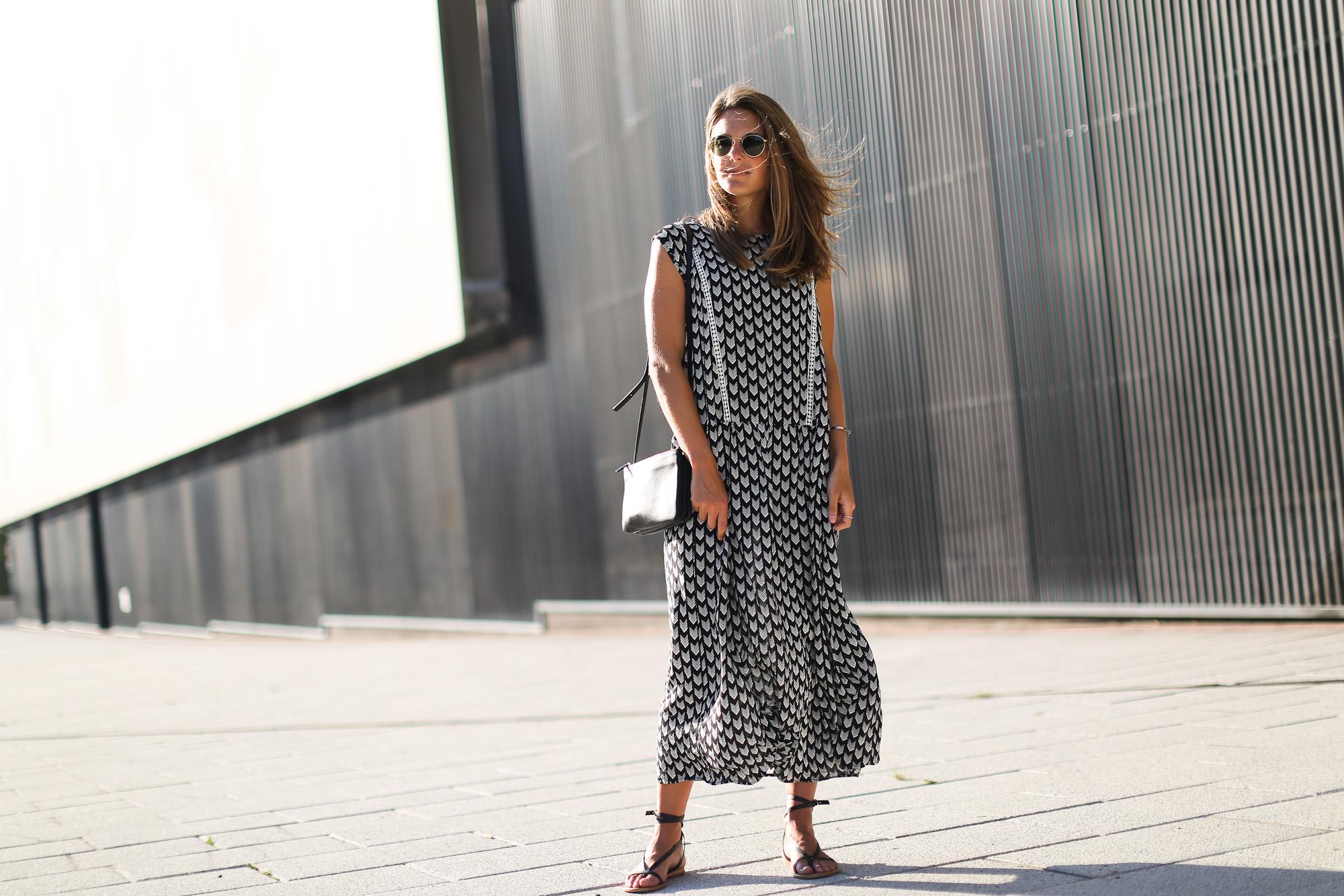Clochet_streetstyle_chicwish_midi_printed_summer_dress-9