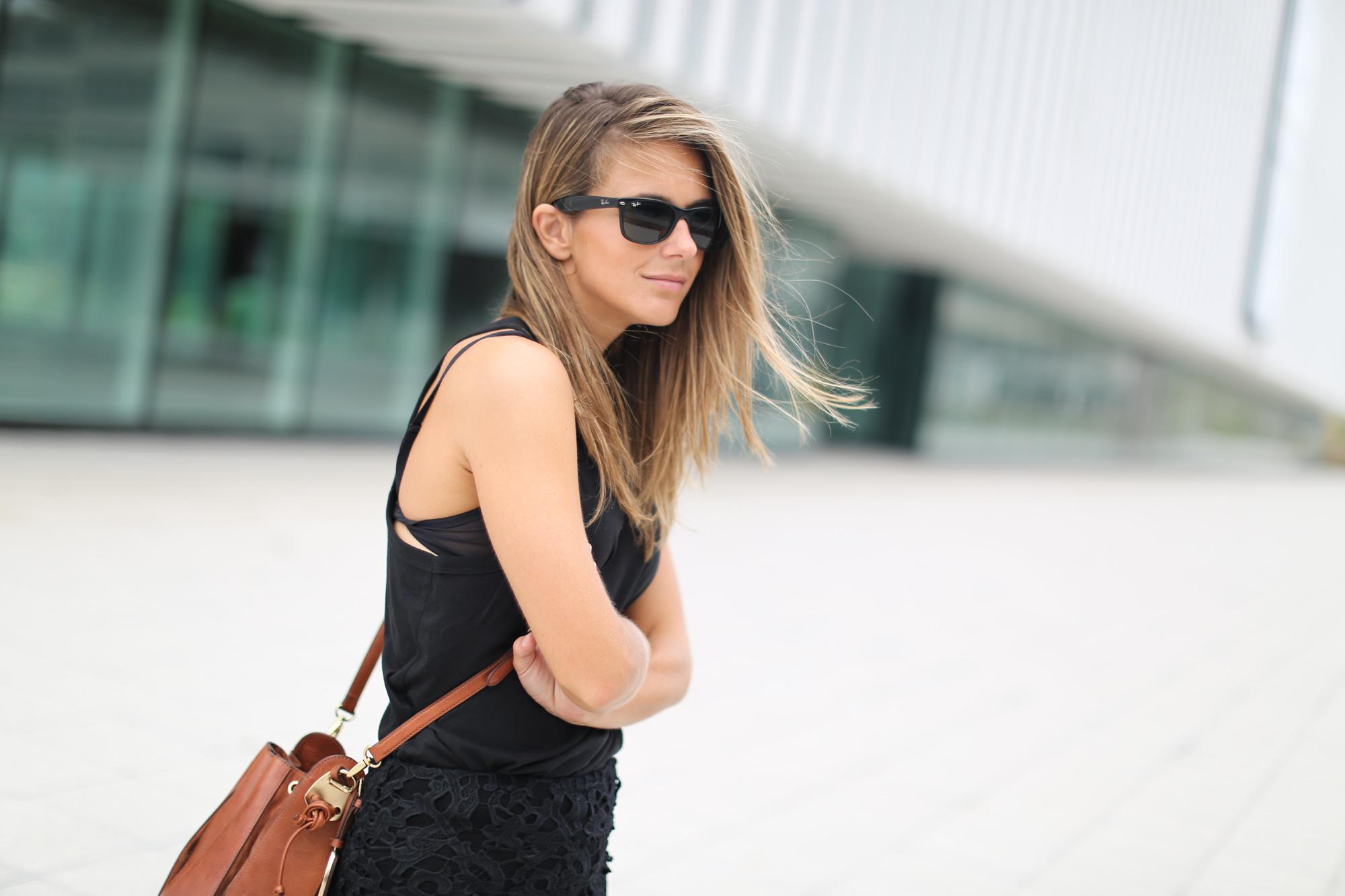 Clochet_chicwish_lace_skirt_artemisia_spartan_flat_sandals-3