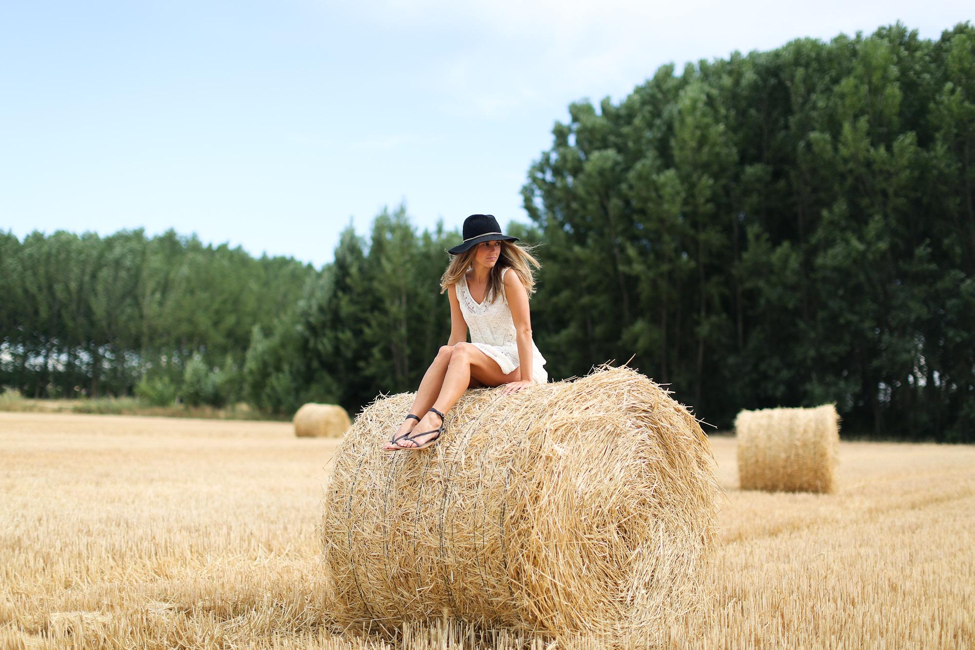 Clochet_sandro_anik_leather_Bag_long_crochet_dress_fedora_hat-6