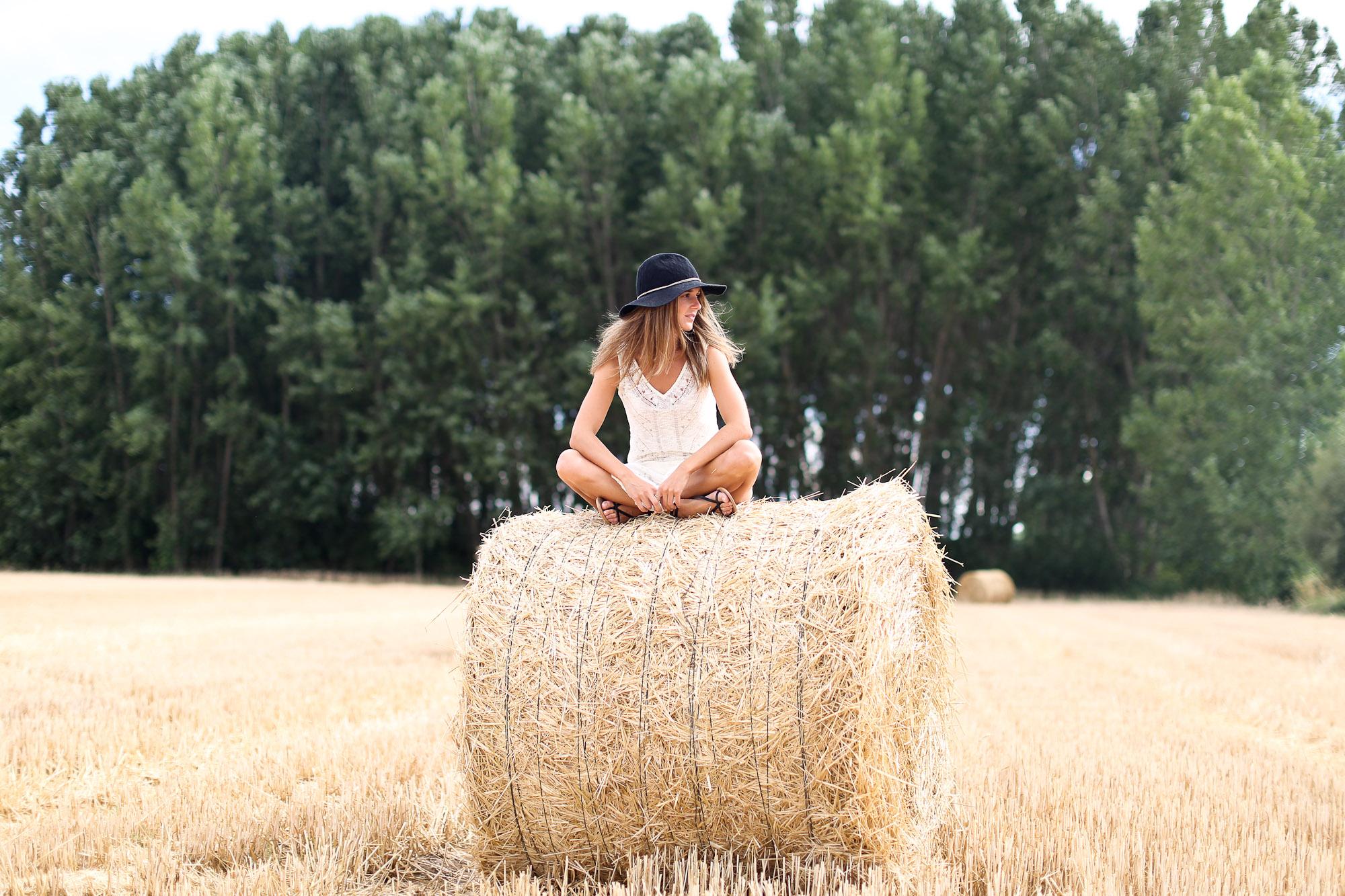 Clochet_sandro_anik_leather_Bag_long_crochet_dress_fedora_hat-8