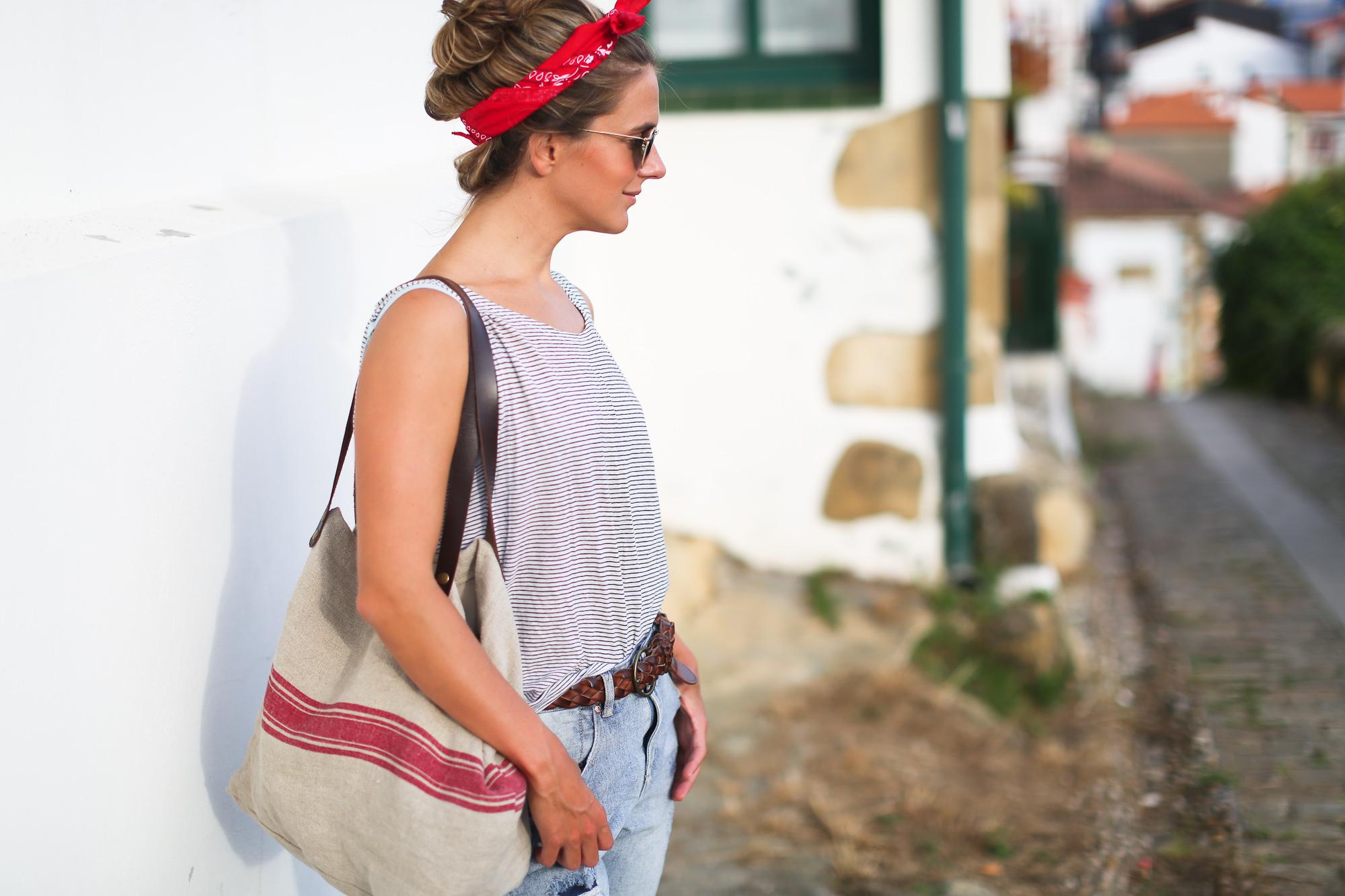 Clochet_streetstyle_suiteblanco_boyfriend_jeans_bandana_scarf_mg_linen_bag-5