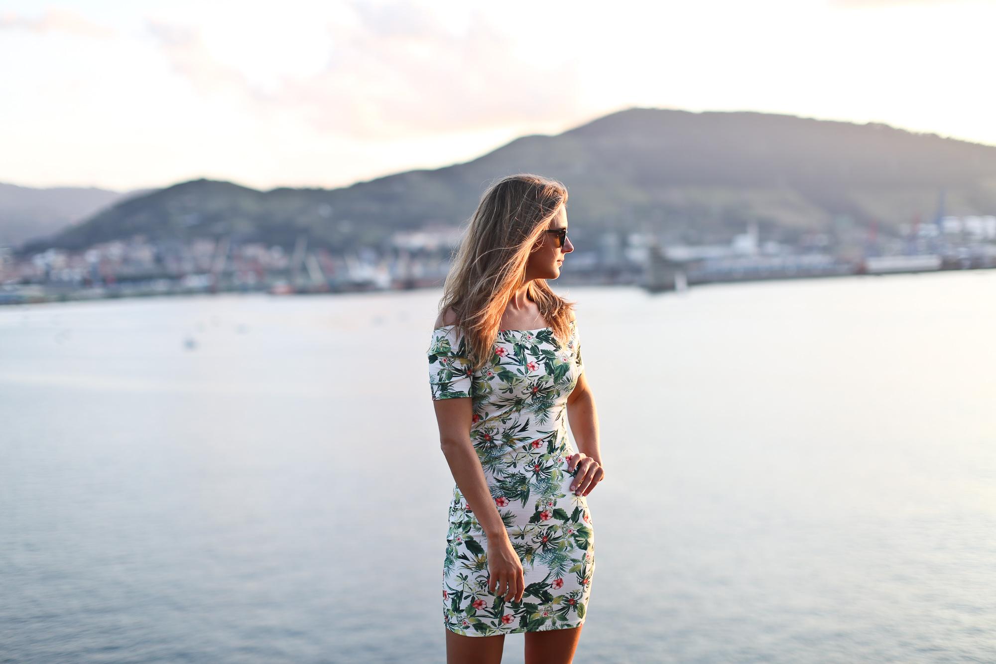 Clochet_streetstyle_suiteblanco_tropical_print_dress_superga_navy_leztinstreet-10