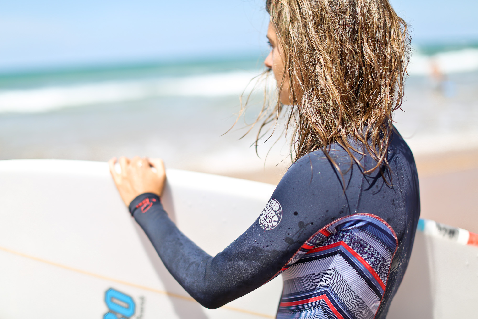 Clochet_surf_rip_curl_bombshell_wetsuit_5