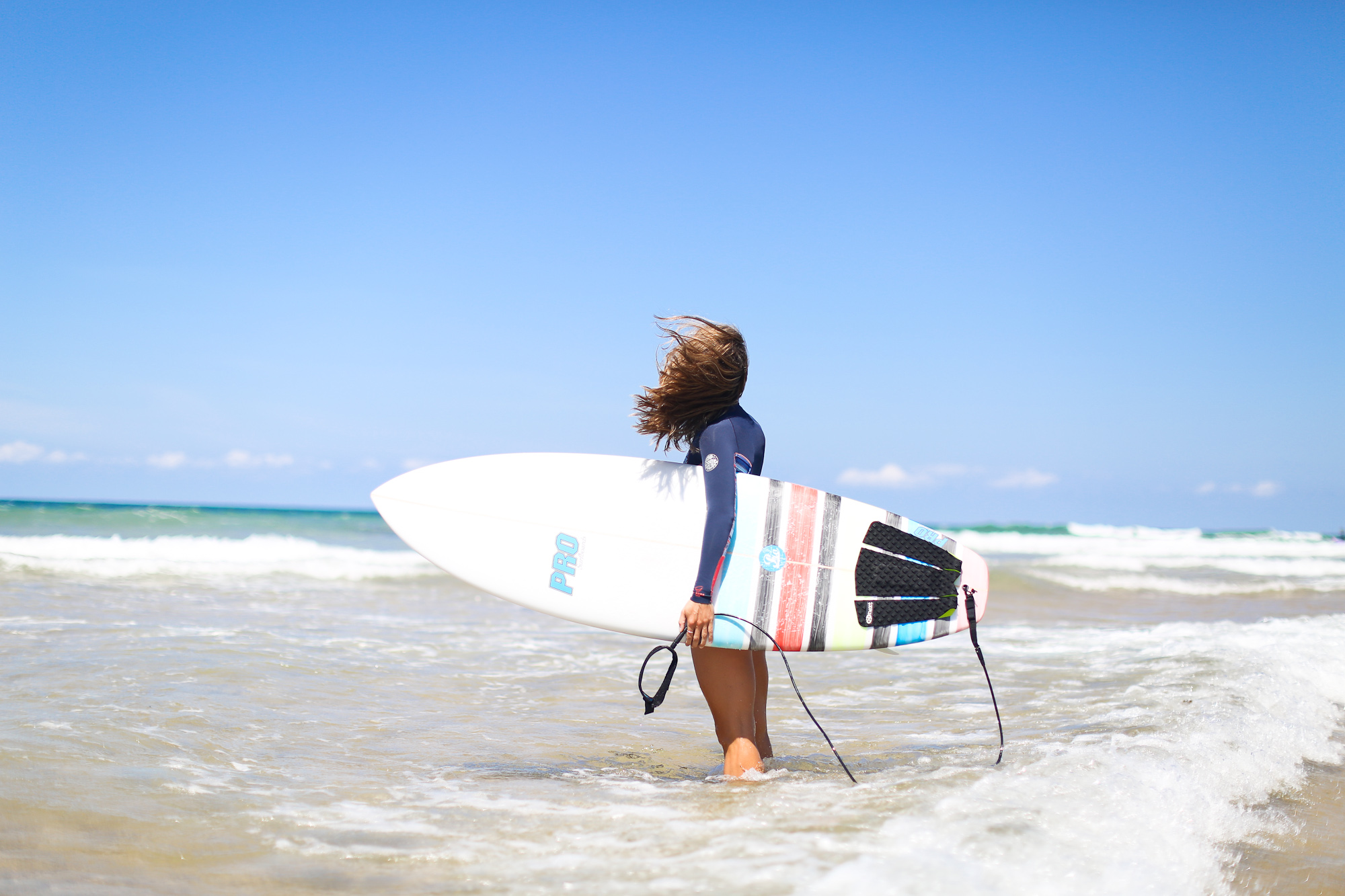 Clochet_surf_rip_curl_bombshell_wetsuit_jpg