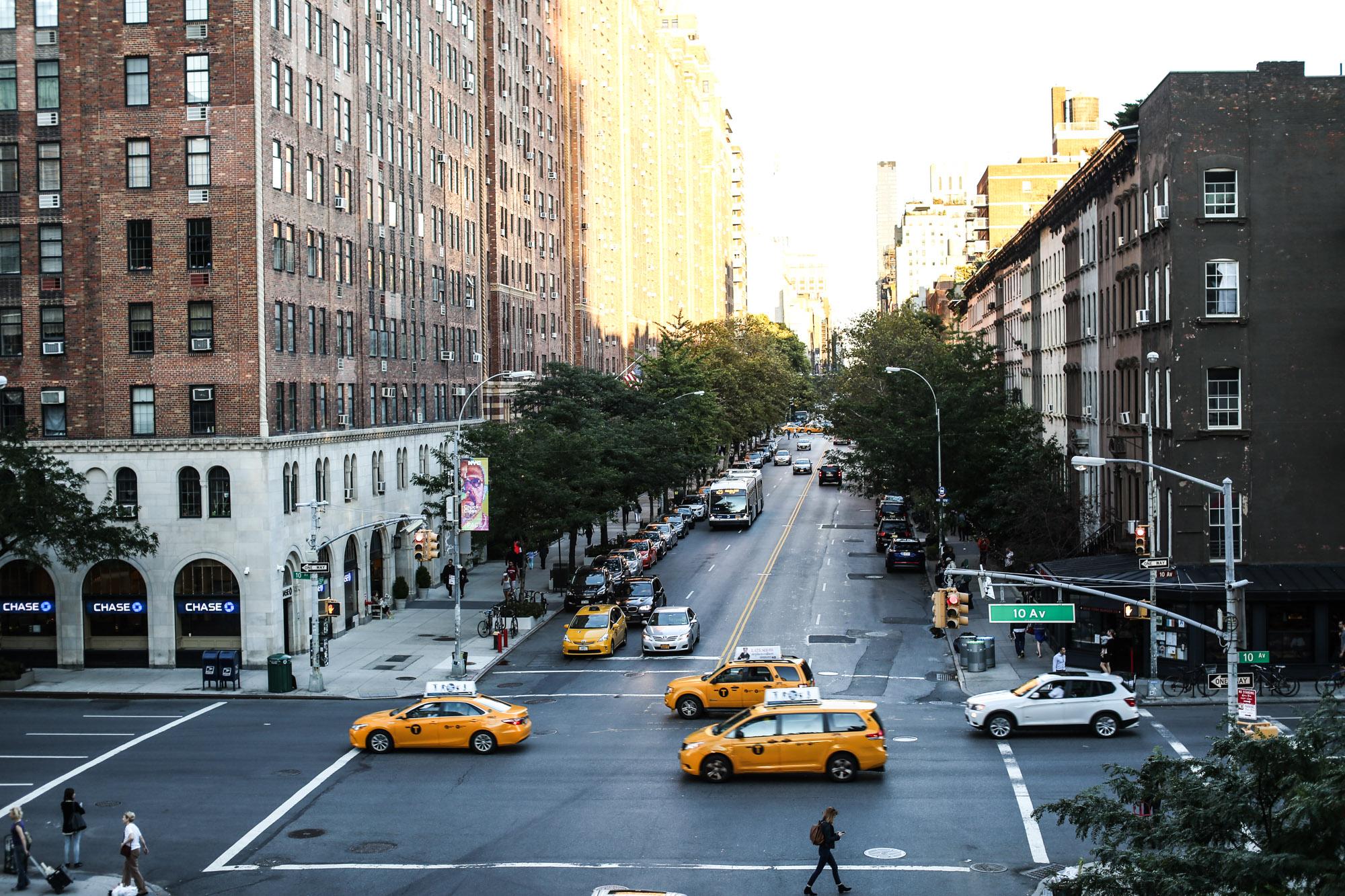 Clochet_streetstyle_nyfw_newyorkfashionweek_zara_floral_jumpsuit_adidas_stansmith-14