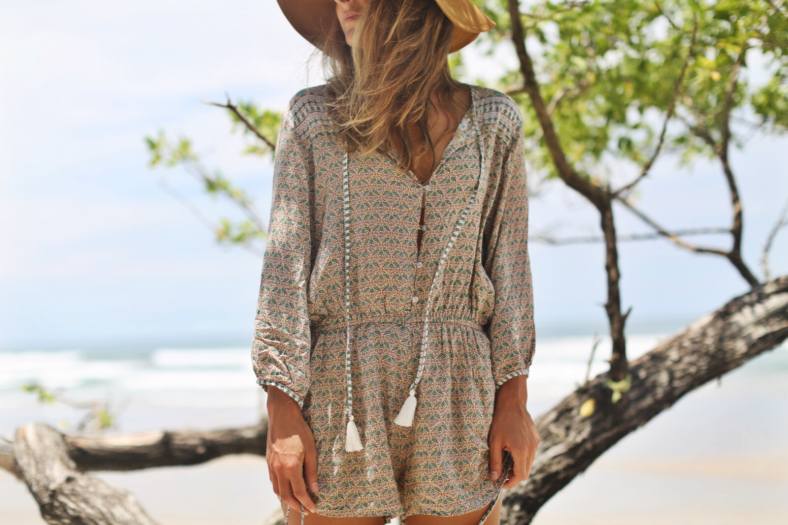Daybreak playsuit faithfull the brand zara clochet - Billabong bilbao ...