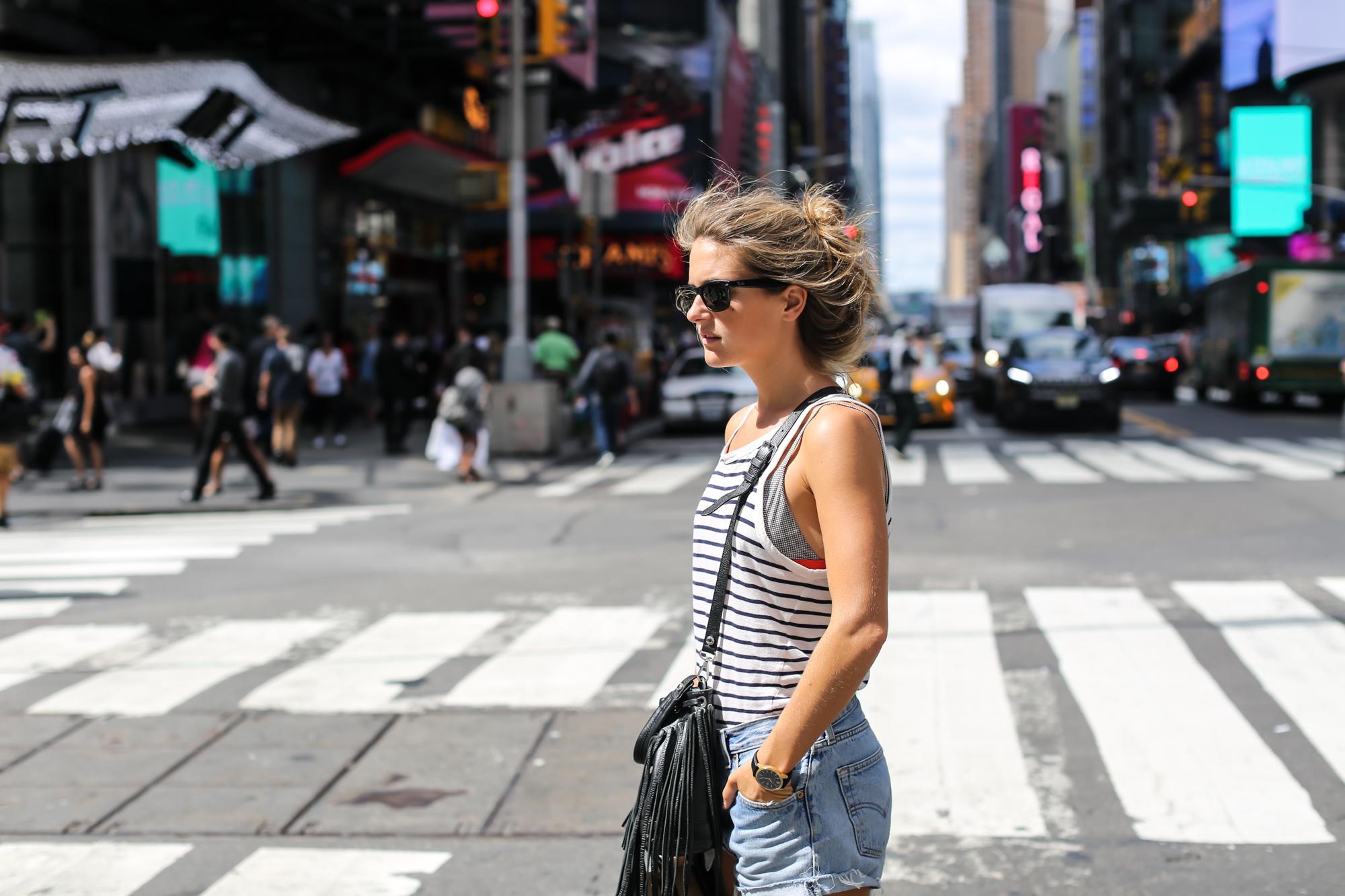 Clochet_Streetstyle_newyork_levis501_vintage_larssonjennings_saxon_watch-15