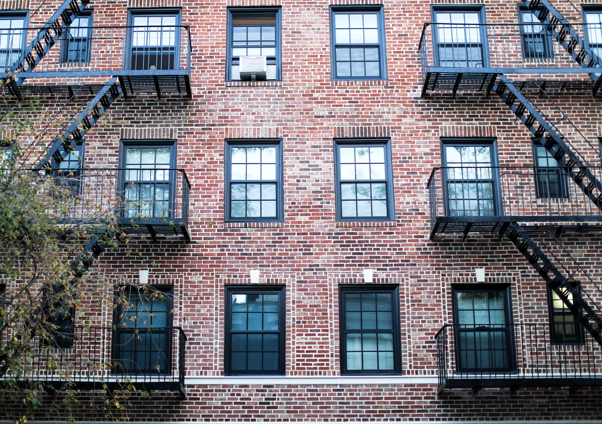 Clochet_Streetstyle_newyork_levis501_vintage_larssonjennings_saxon_watch-21