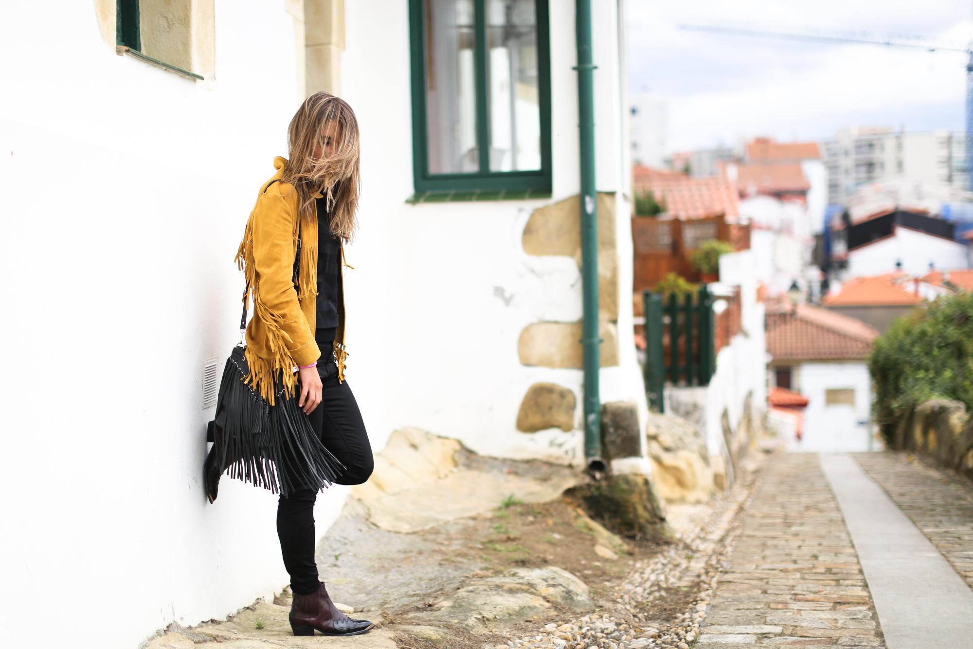 Clochet_Streetstyle_zara_yellow_suede_fringed_jacket-3