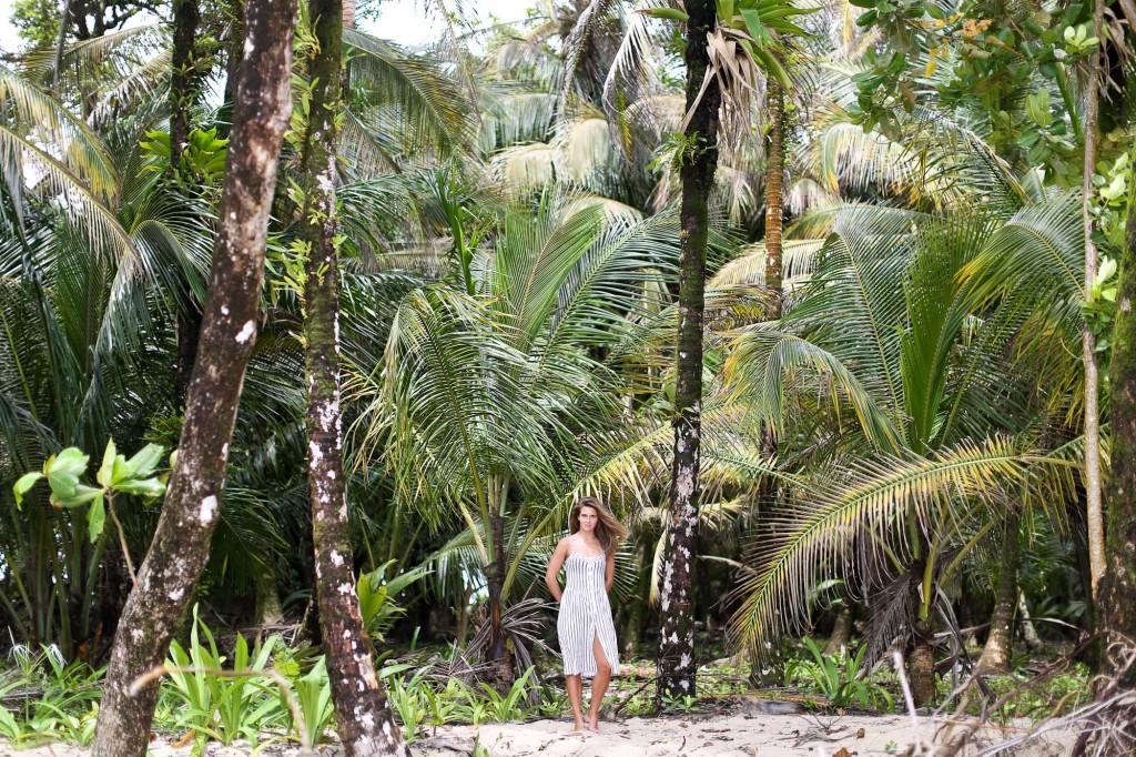 Clochet_streetstyle_beachgirl_panama_bocasdeltoro_cayozapatilla_wanderlust-8