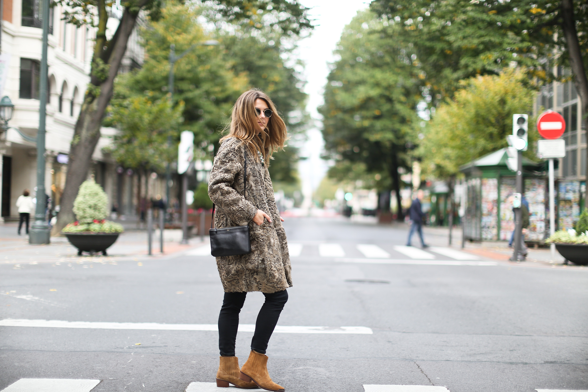 Clochet_streetstyle_boxcalf_chaqueta_ante_pelo_astracan_kalam_bilbao-17