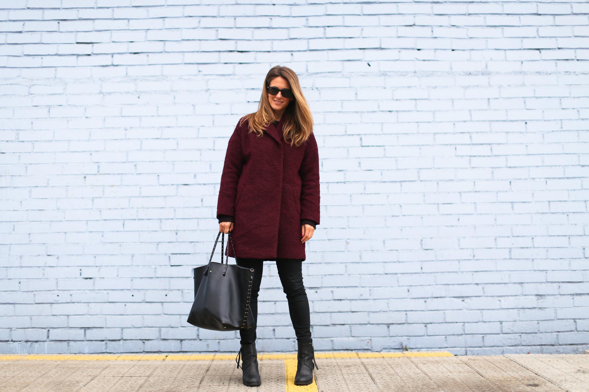 Clochet_streetstyle_burgundy_wool_coat_acne_studios_pistol_boots-4