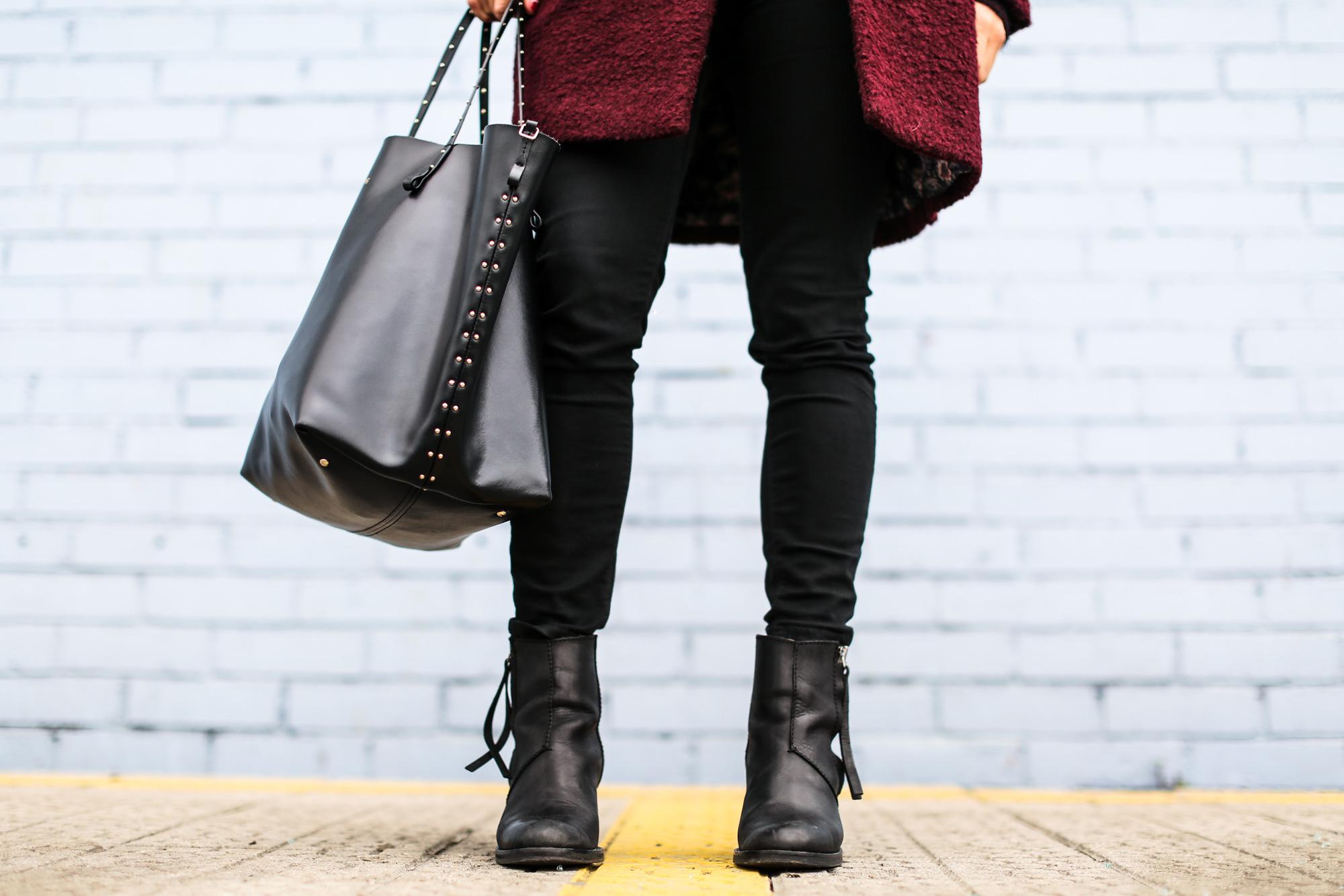 Clochet_streetstyle_burgundy_wool_coat_acne_studios_pistol_boots-9
