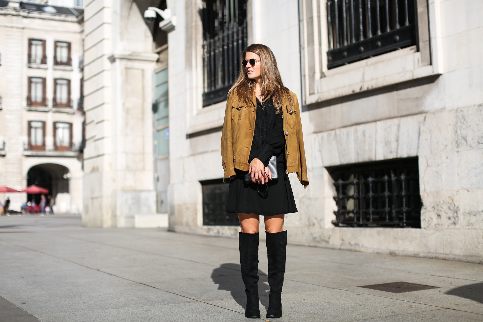 Clochet_streetstyle_suede_ankle_high_boots_boho_minidress-5