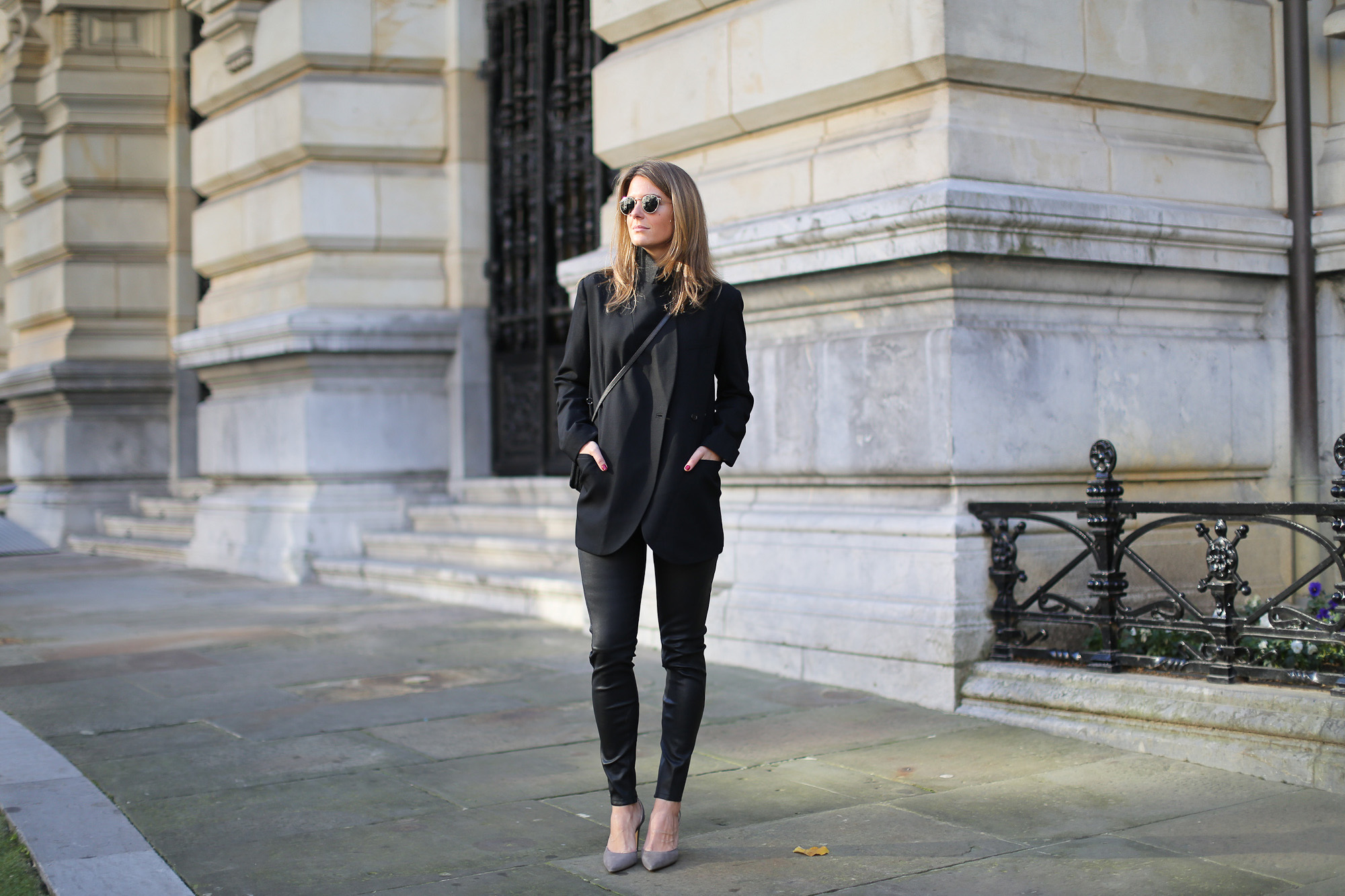 Clochet_streetstyle_boxcalf_pantalones_piel_kalam_sonia_rykiel_blazer