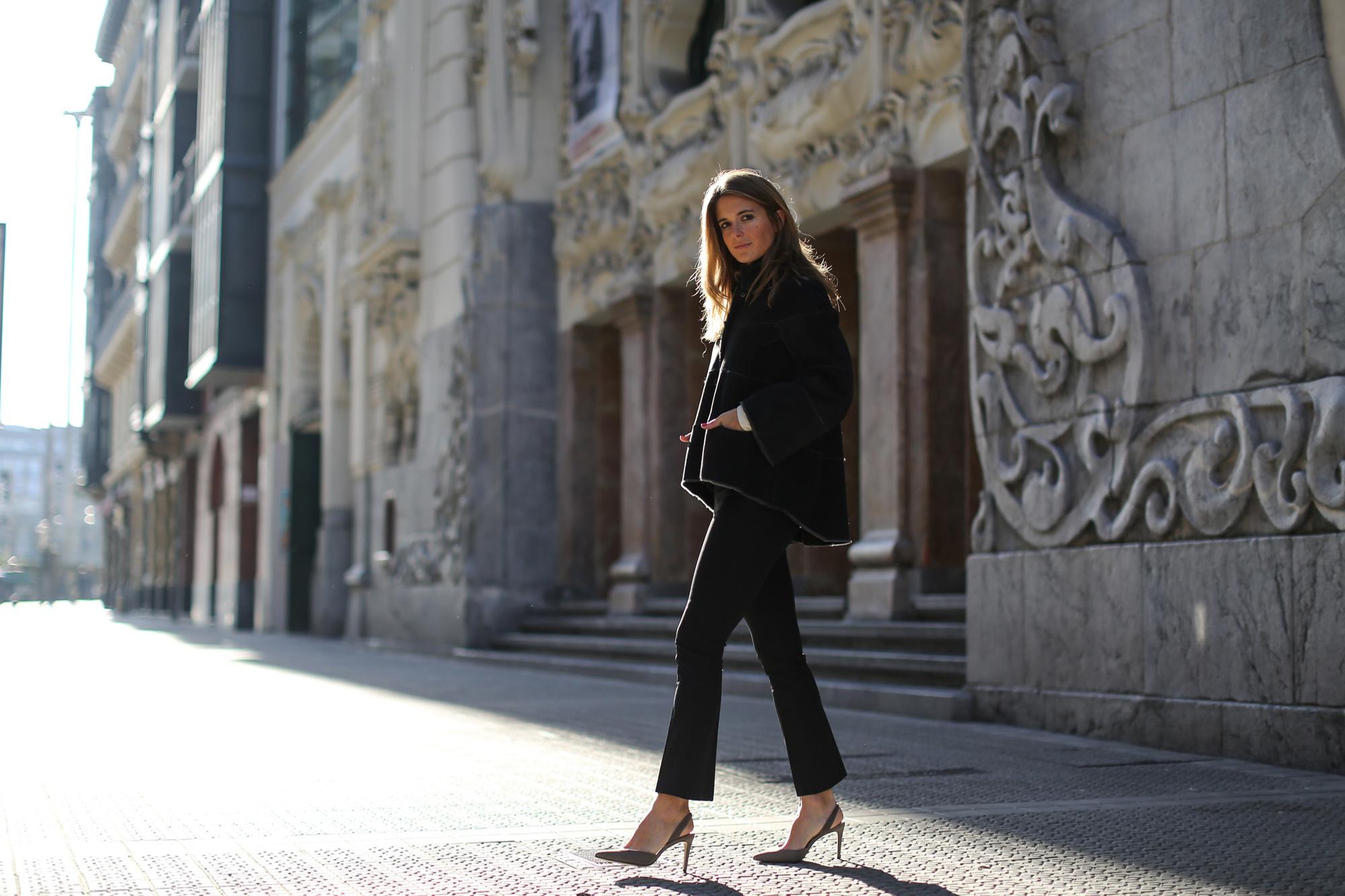 Clochet_streetstyle_cropped_flared_trousers_boxcalf_jacket_kalam_bilbao-15