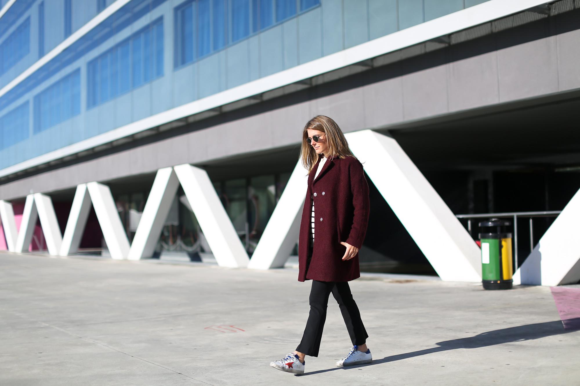 Clochet_streetstyle_golden_goose_deluxe_brand_sneakers_burgundy_coat-4