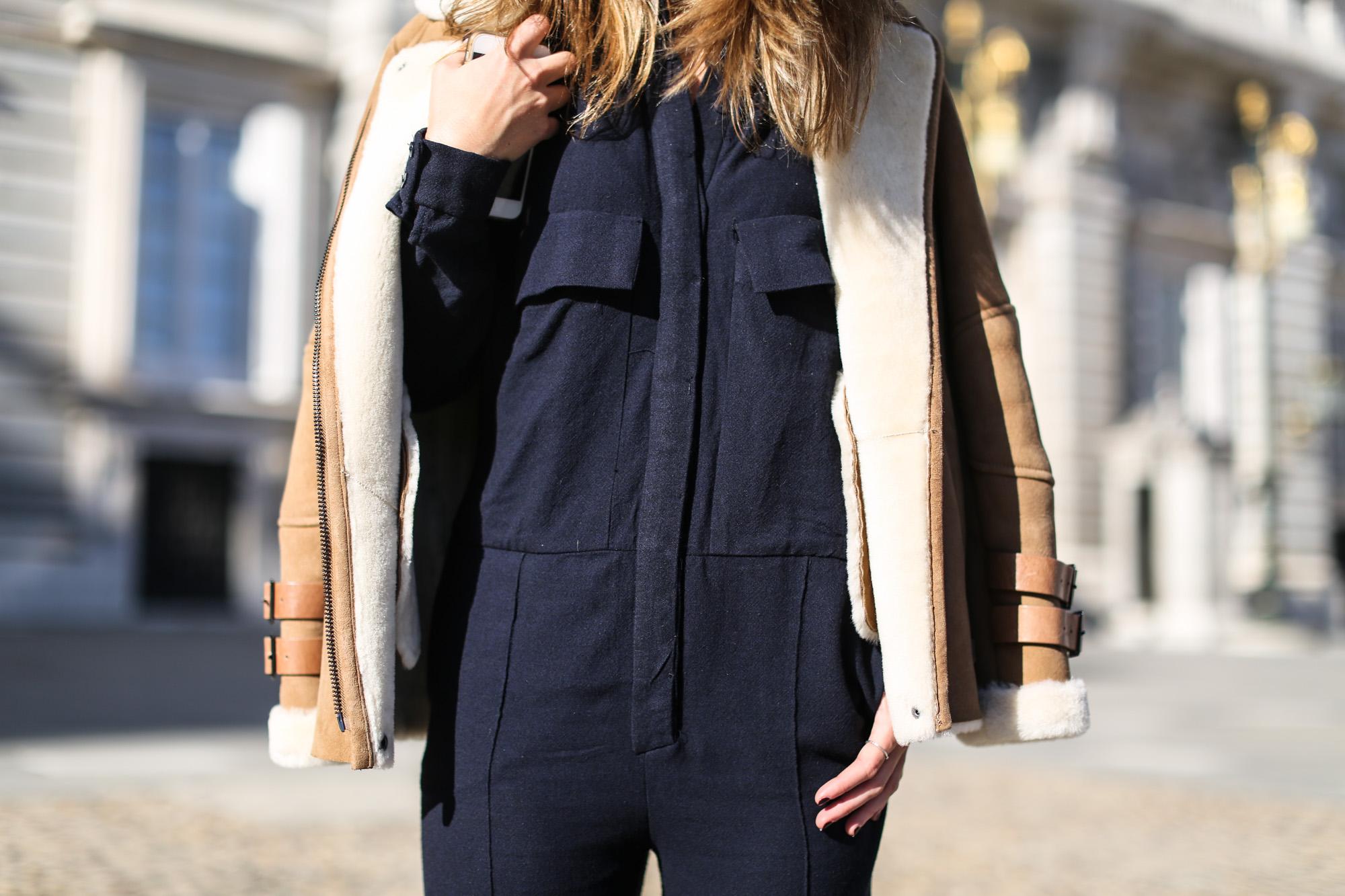 Clochet_streetstyle_mango_suede_leather_aviator_coat_adidas_samba_leztinstreet-13