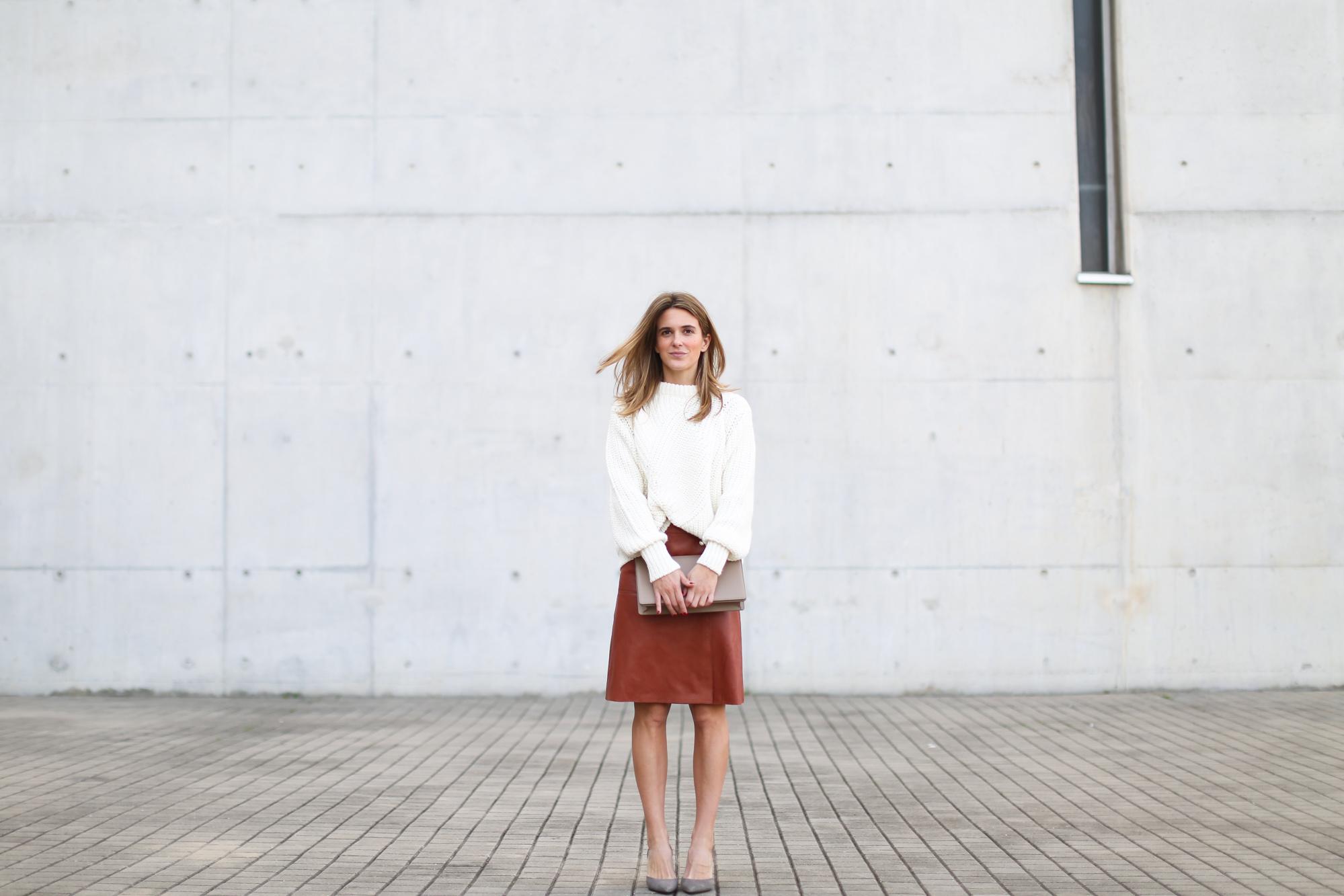 Clochet_streetstyle_steve_mono_leather_bag_trimmerbilbao_filippaK_leatherskirt-4